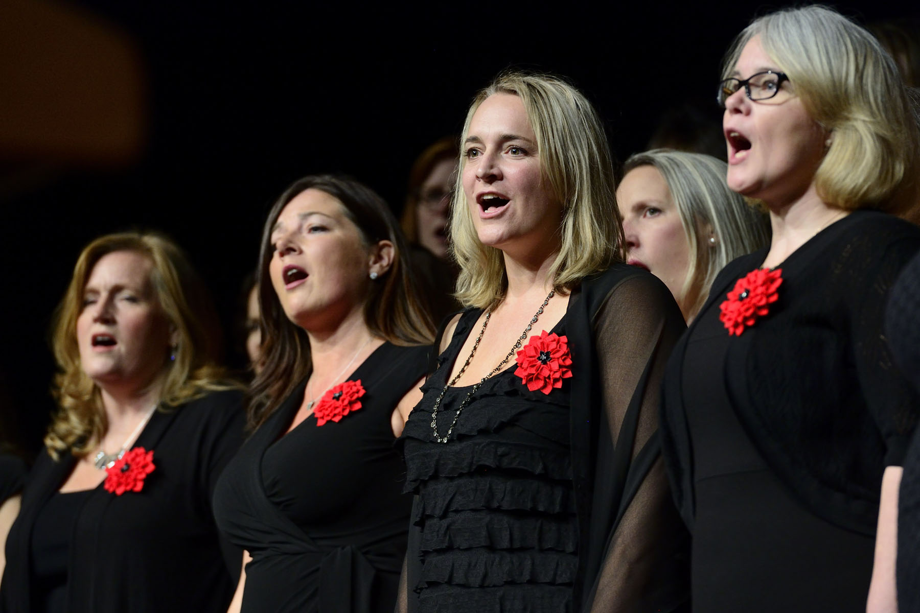 During the ceremony, the Canadian Military Wives Choirs Ottawa performed.