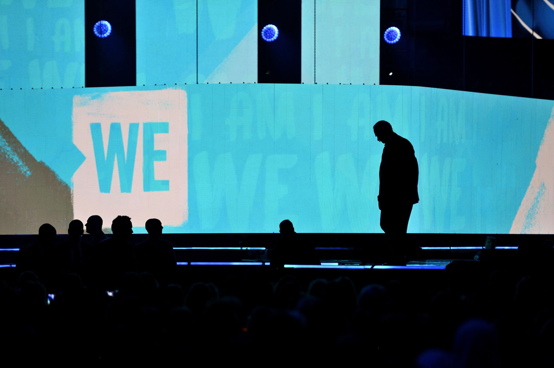 WE Day unites world-renowned speakers, presenters and award-winning performers with thousands of young people and families to celebrate and inspire incredible change.