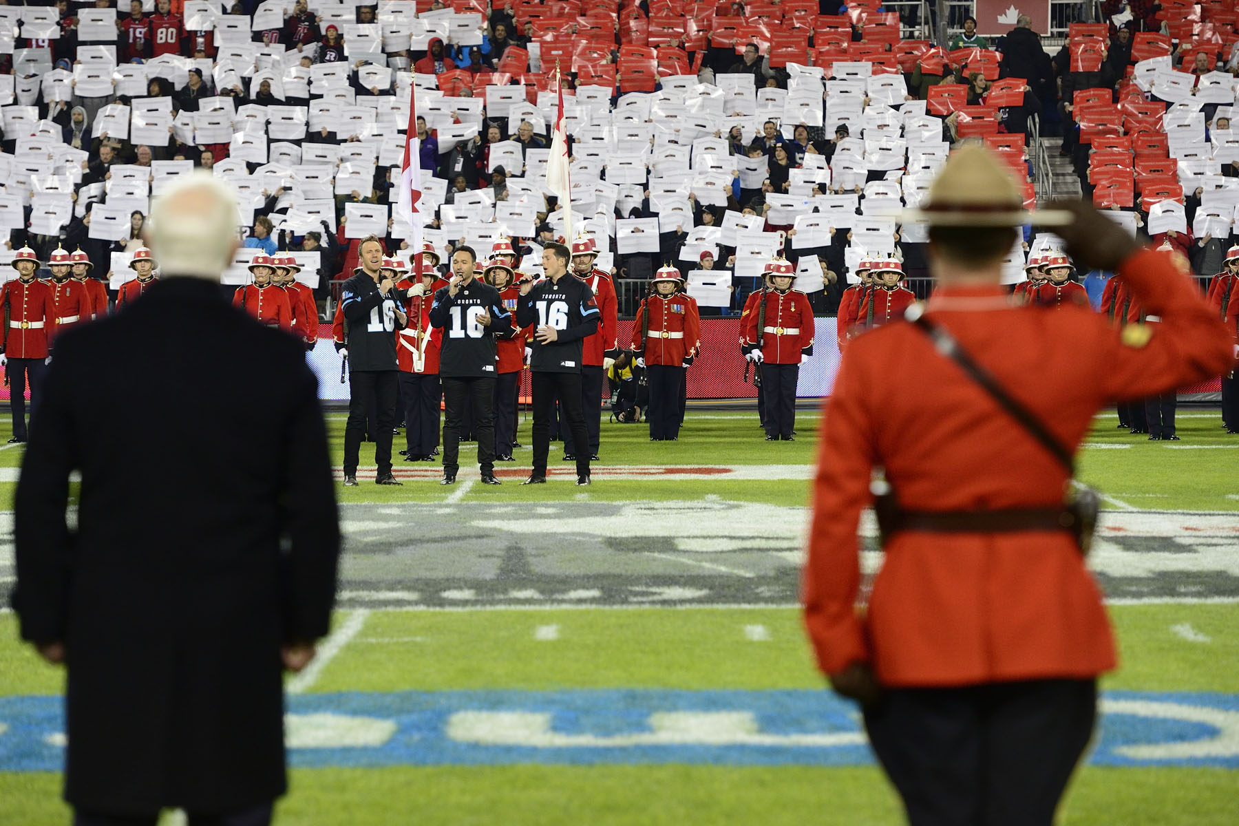 The Canadian opera group The Tenors sang the national anthem at the Grey Cup game.