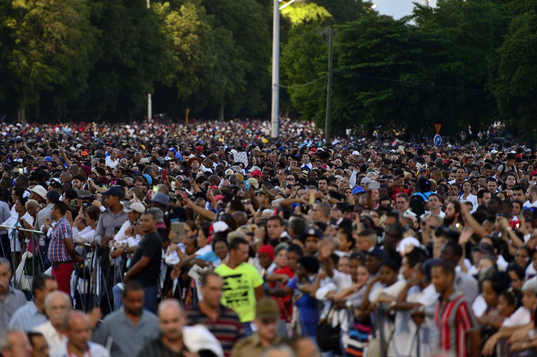 Thousands of people gathered at the Plaza de la Revolución in Havana in honour of former president Fidel Castro.