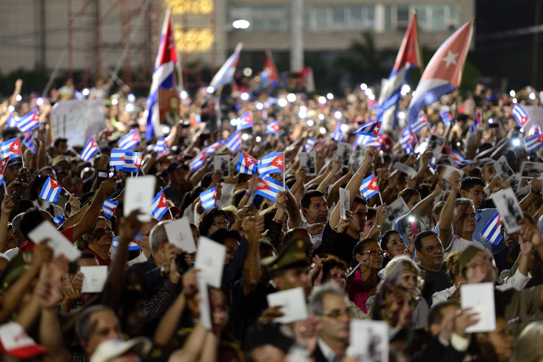 This event was the final event in commemoration of Fidel Castro at the Plaza de la Revolución, following two days that were open to the public. The funeral will be held on December 4 in Santiago.