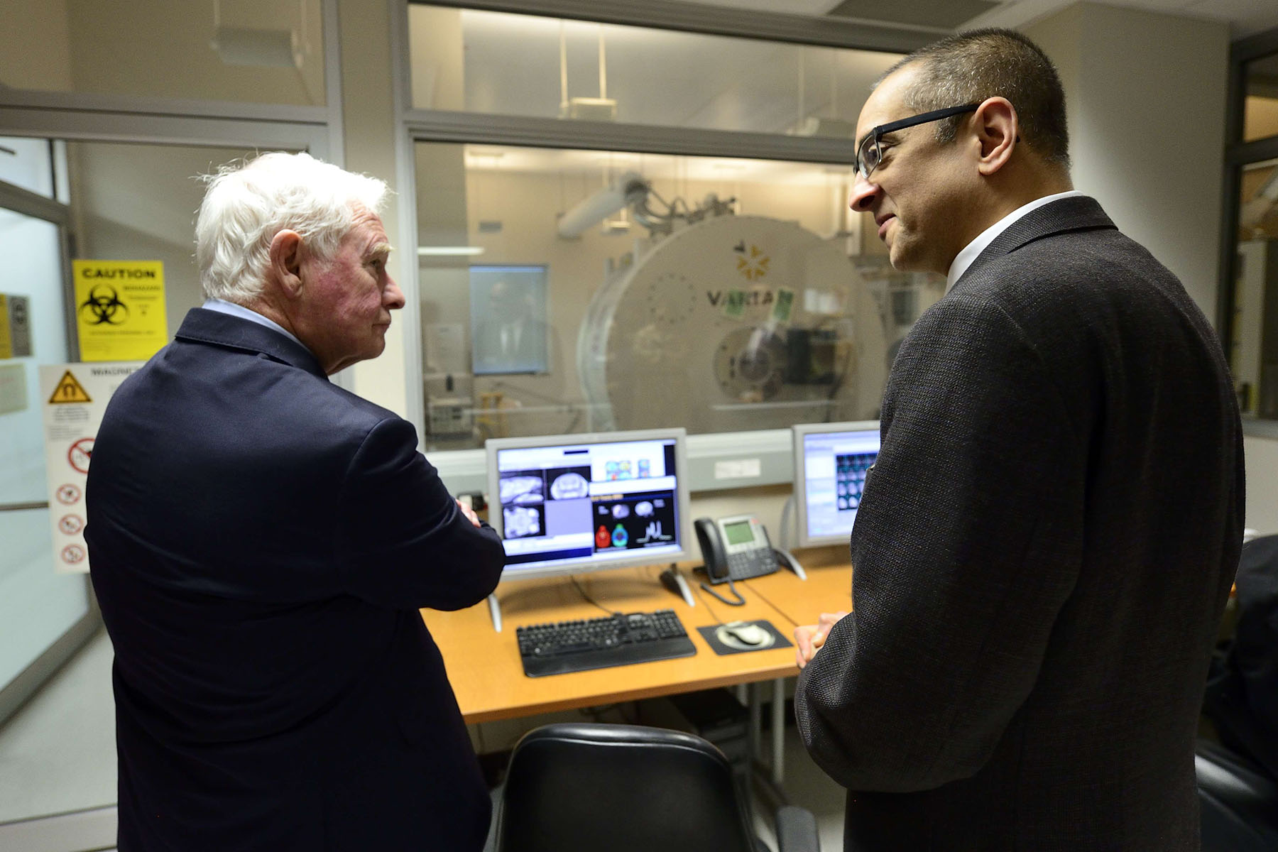 The Governor General toured the Robarts Research Institute's concussion research and imaging laboratories.