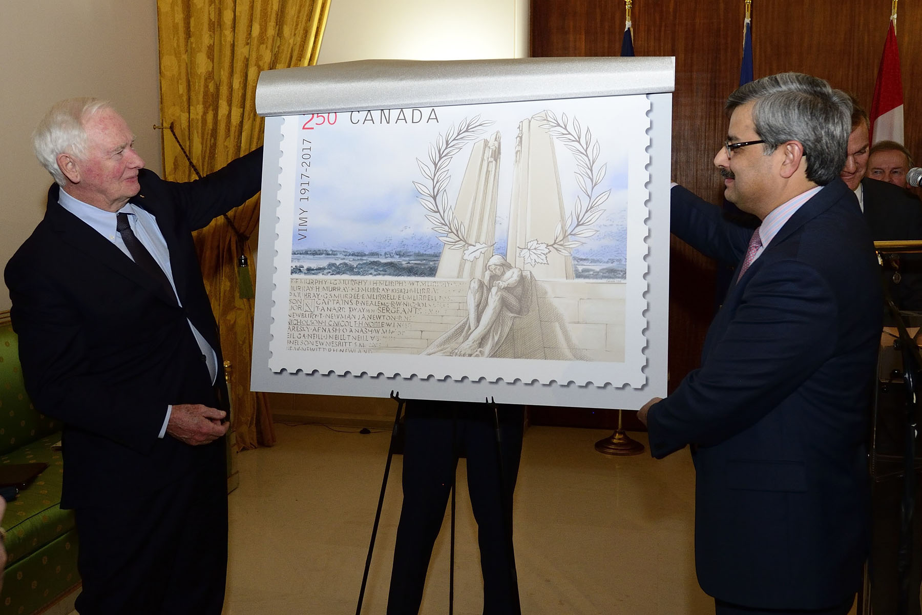 The Governor General and the President and CEO of Canada Post unveiled the Canadian stamp.