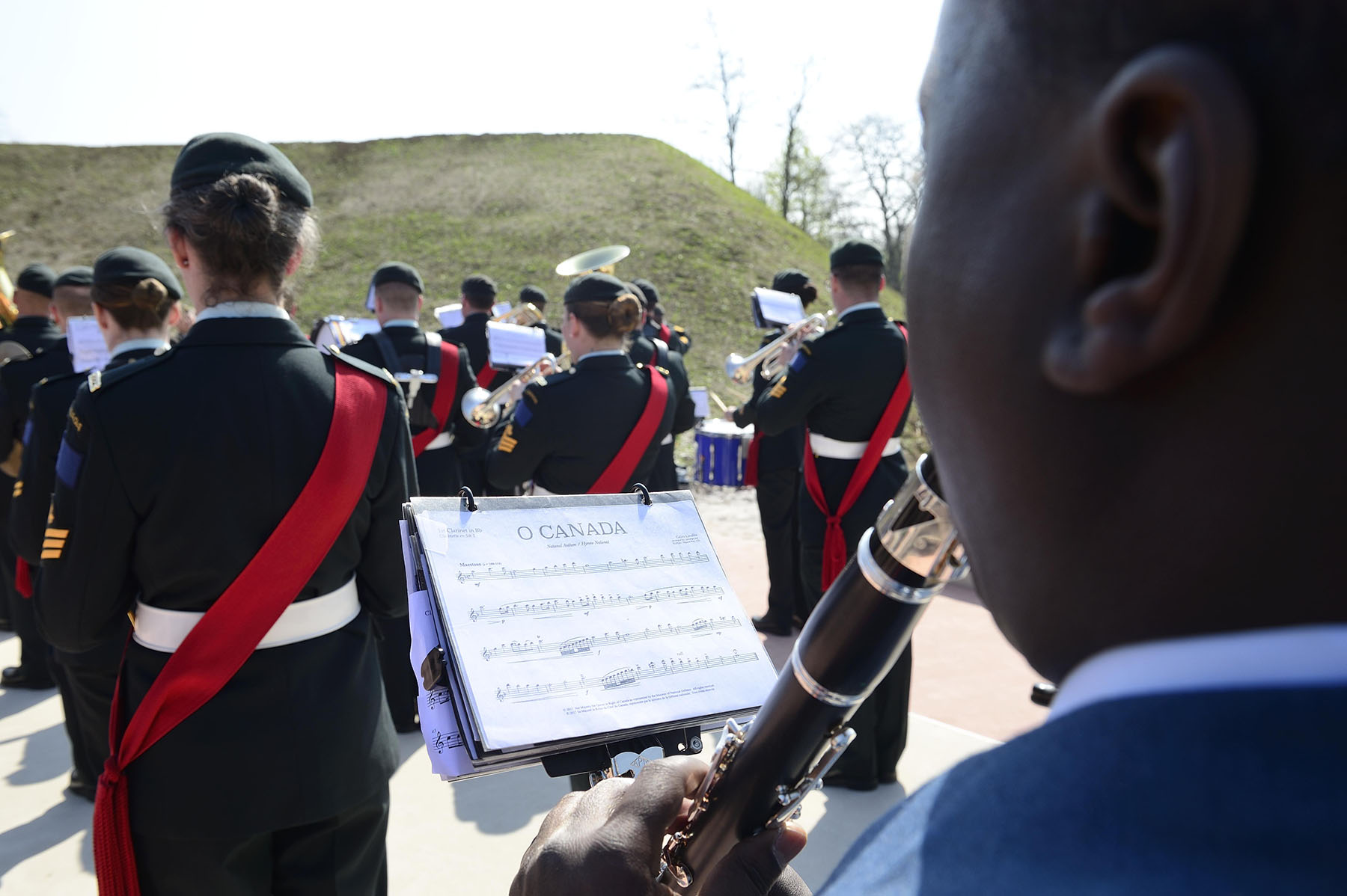 O Canada, our national anthem, was performed by the Canadian Armed Forces band.