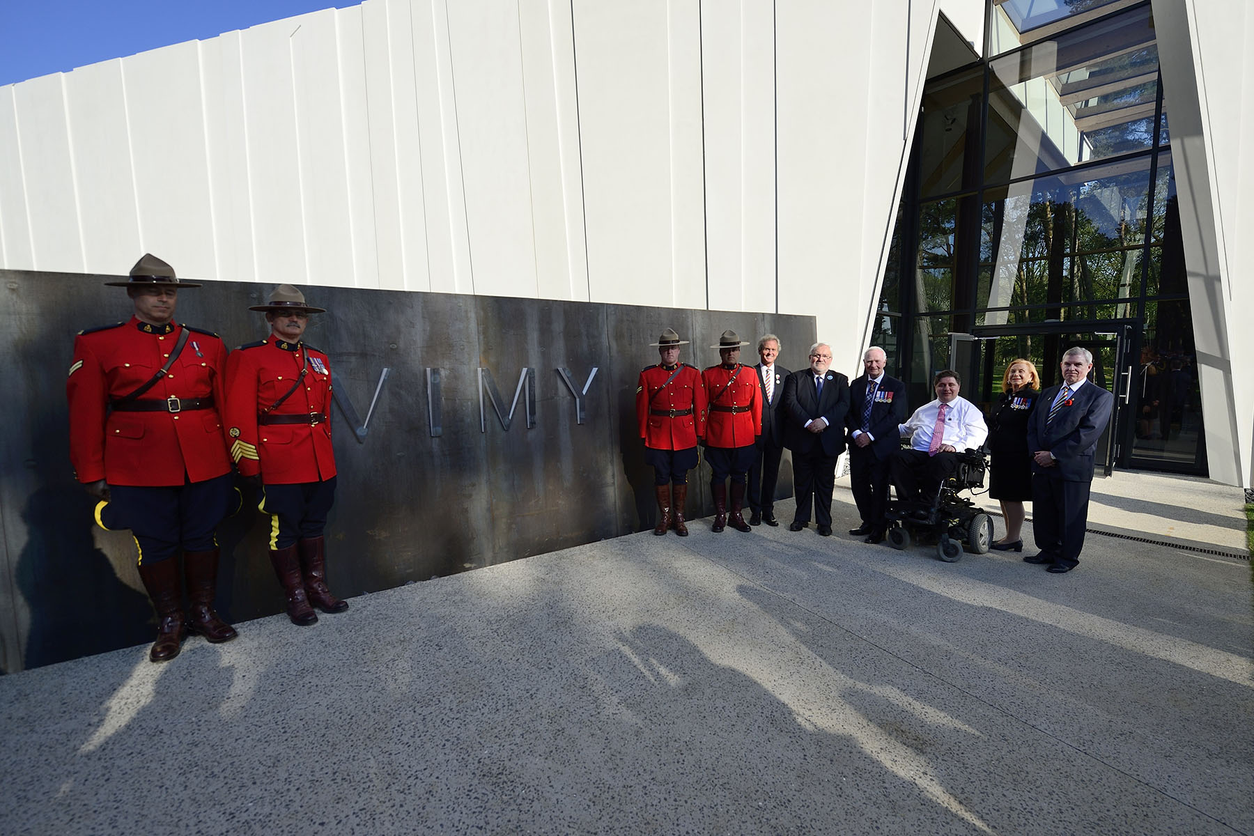 Their Excellencies attended the official opening of the new, state-of-the-art Visitor Education Centre at the Canadian National Vimy Memorial—a project of the Government of Canada supported by the Vimy Foundation.