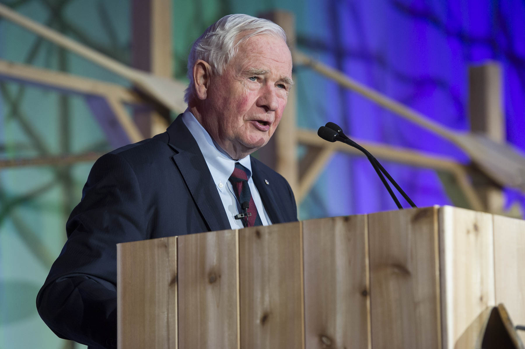 His Excellency the Right Honourable David Johnston, Governor General of Canada, delivered a keynote address to open the 2017 Community Foundations Conference.