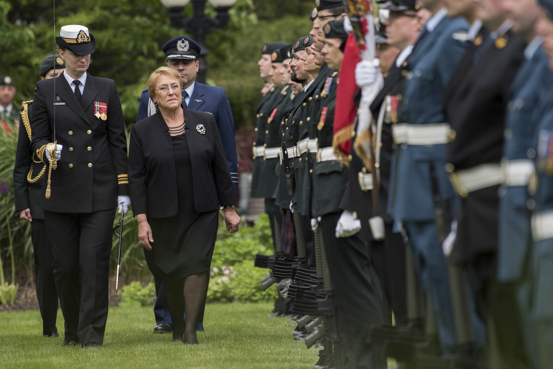 President Bachelet inspected the guard of honour.