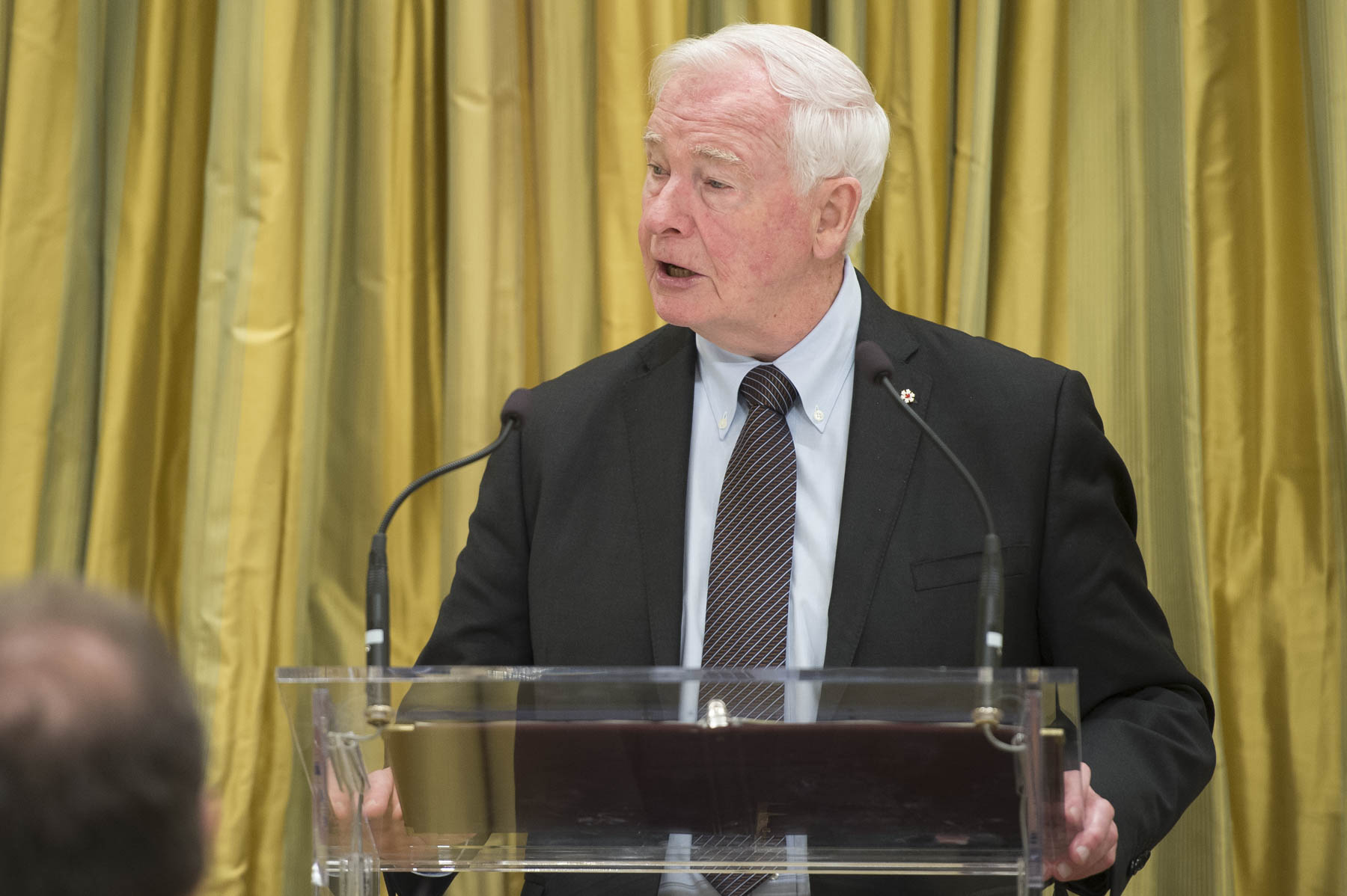"During the State luncheon, the Governor General delivered a speech: ""The friendship between our two countries rests upon a strong foundation. Chile is one of Canada's closest partners in the Americas. It's a partnership Canadians value highly."""
