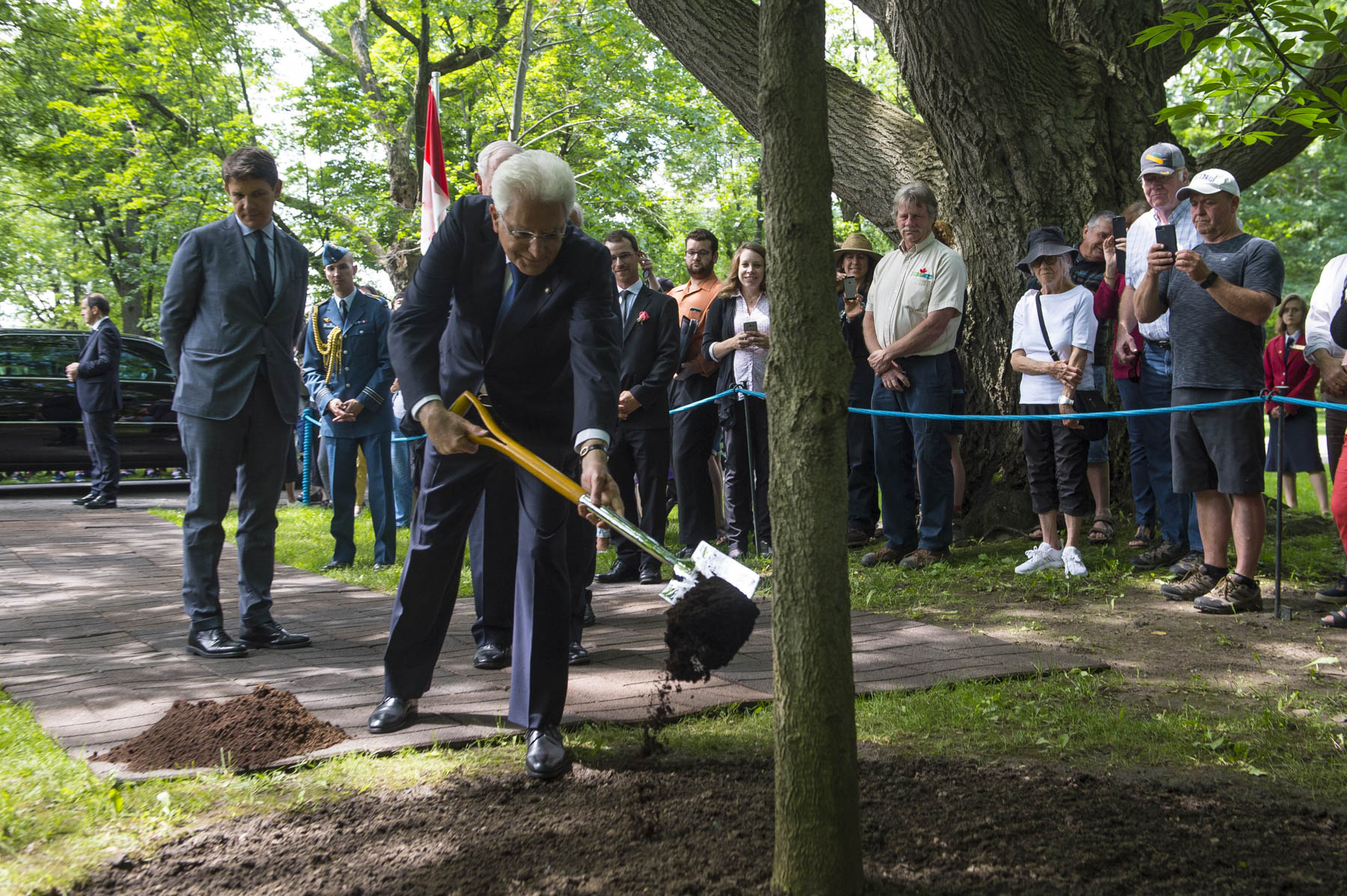 To mark his visit to Rideau Hall, the President planted a Buckeye on the grounds. The tree also marks 70 years of diplomatic relations between Canada and Italy. on the grounds a