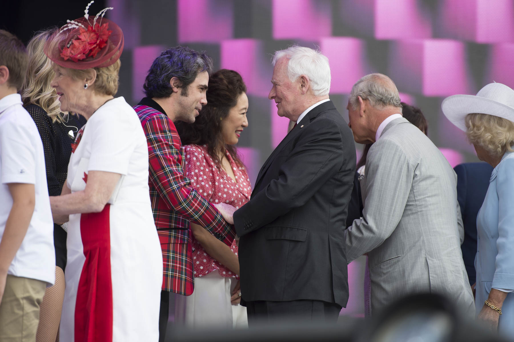 At the end of the show Their Excellencies and Their Royal Highnesses met with the performers.