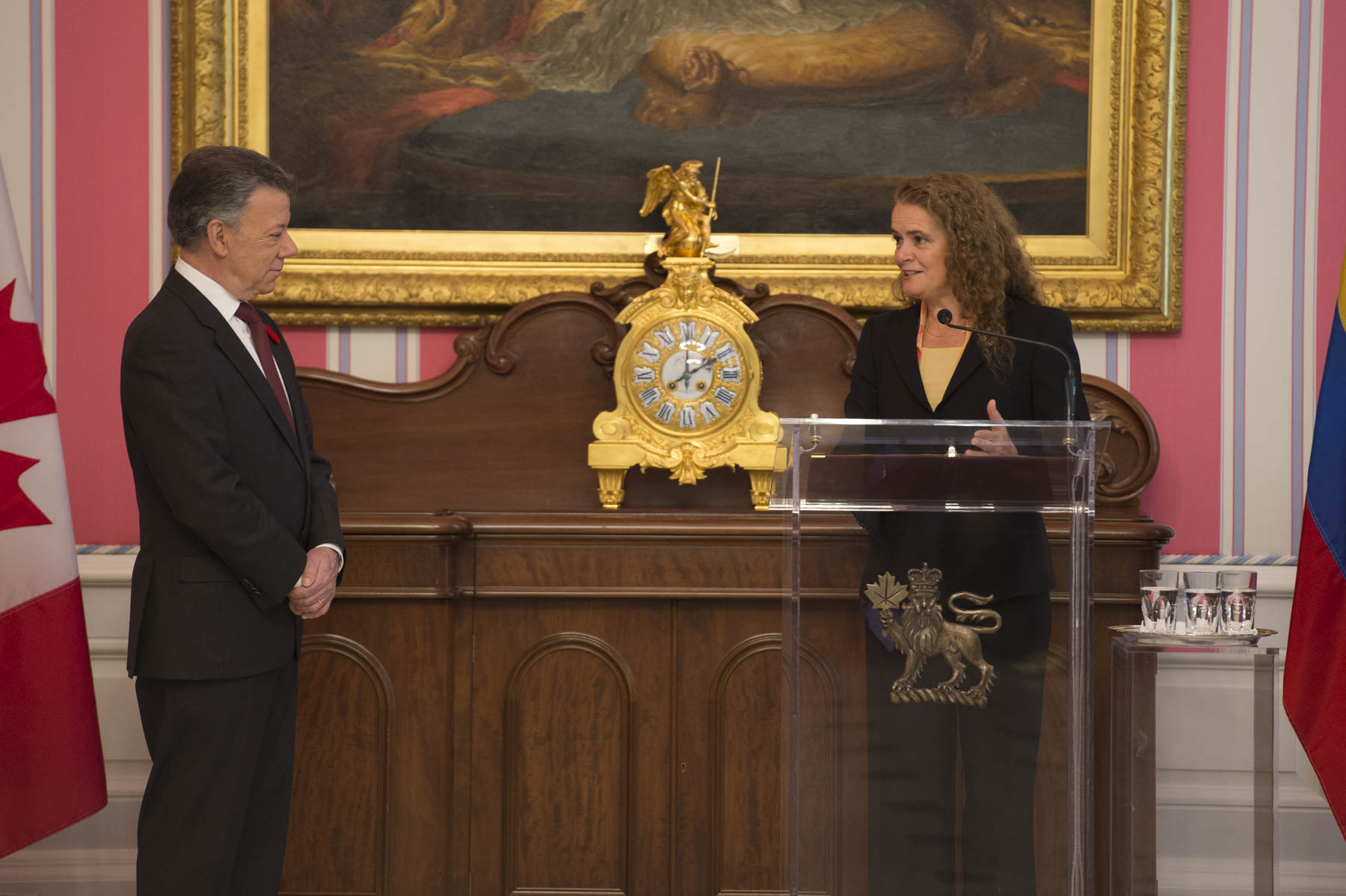 """On behalf of all Canadians, I would like to congratulate you and your government, President Santos, for the leadership you have displayed in building a lasting peace in Colombia,"" said the Governor General. ""For this remarkable achievement, you most deservedly received the Nobel Peace Prize last year – Congratulations! I can assure you that you have the complete support of Canada in the continuation of this essential peace process. We believe in working together to overcome differences for the well-being of all,"" Her Excellency added."