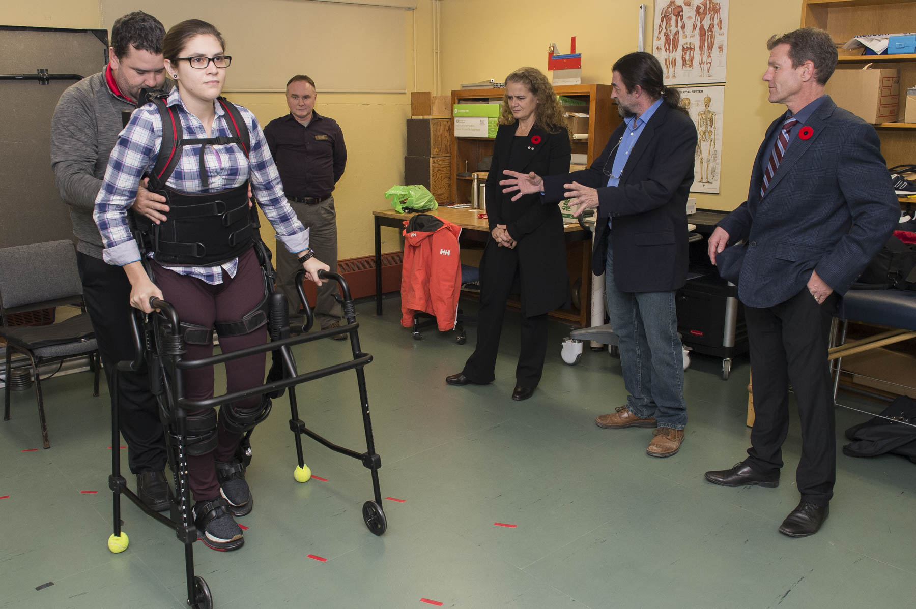 In the afternoon, the Governor General toured the Institute of Biomedical Engineering's innovative prosthetics labs at the University of New Brunswick.