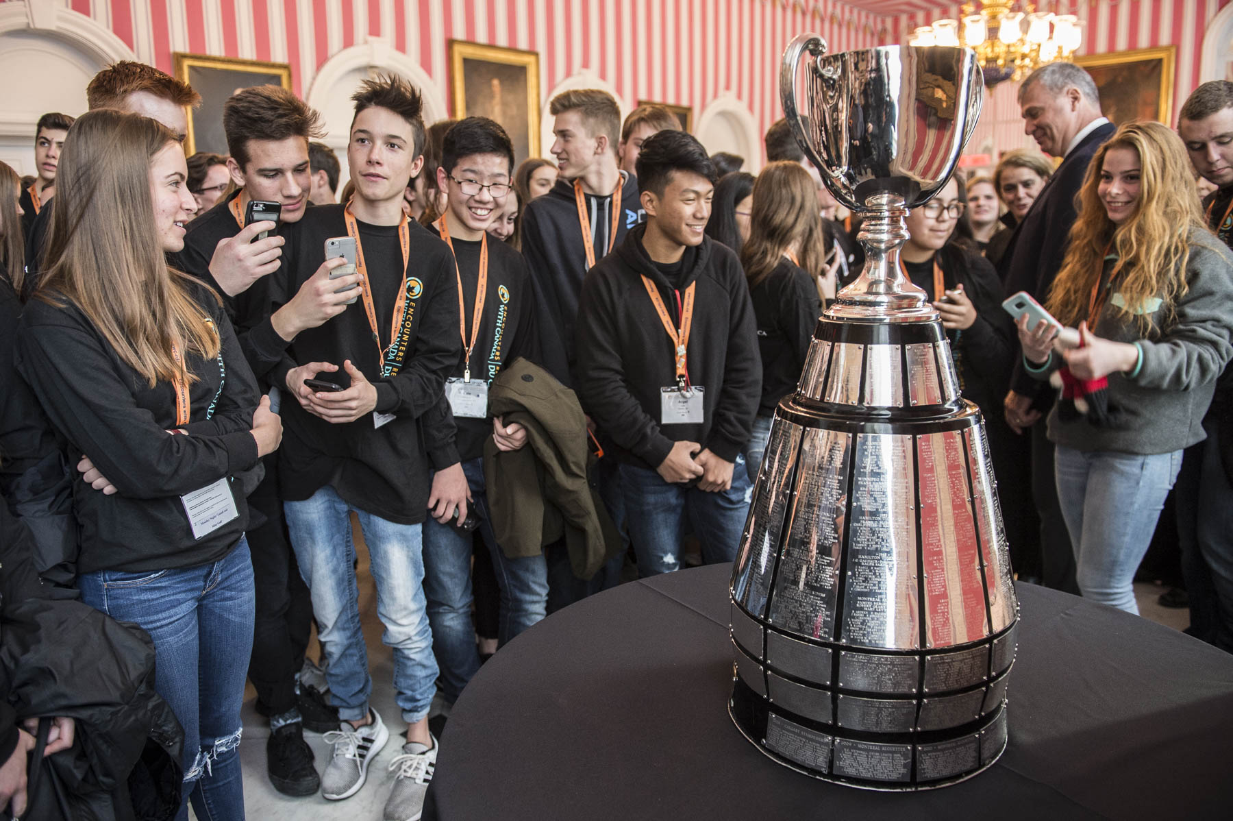 Seeing the Grey Cup at Rideau Hall was an opportunity not to be missed by sports enthusiasts, such as this youth group from Encounters with Canada.