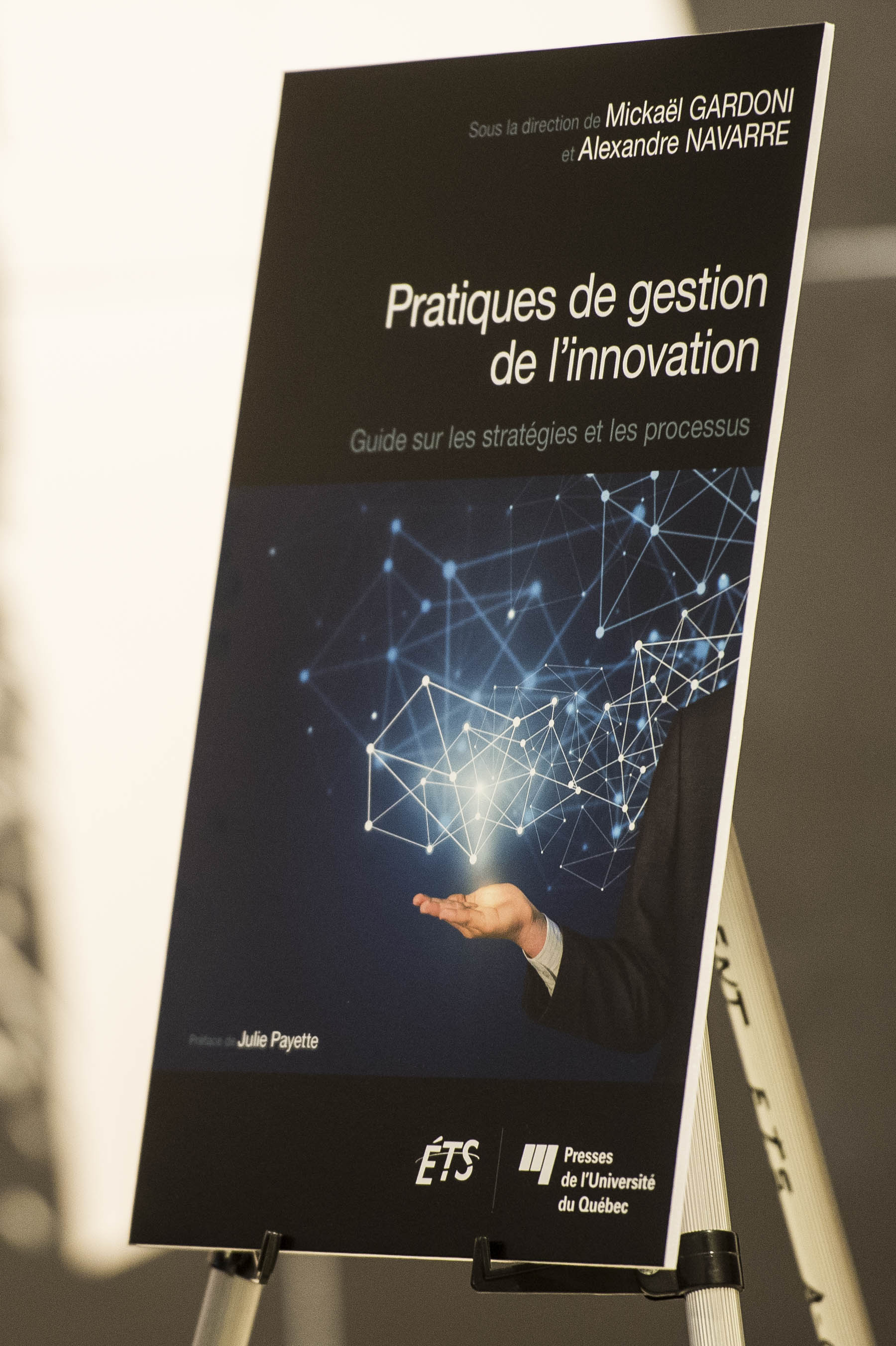 In the evening, Her Excellency attended the book launch of 'Pratiques de gestion de l'innovation'.