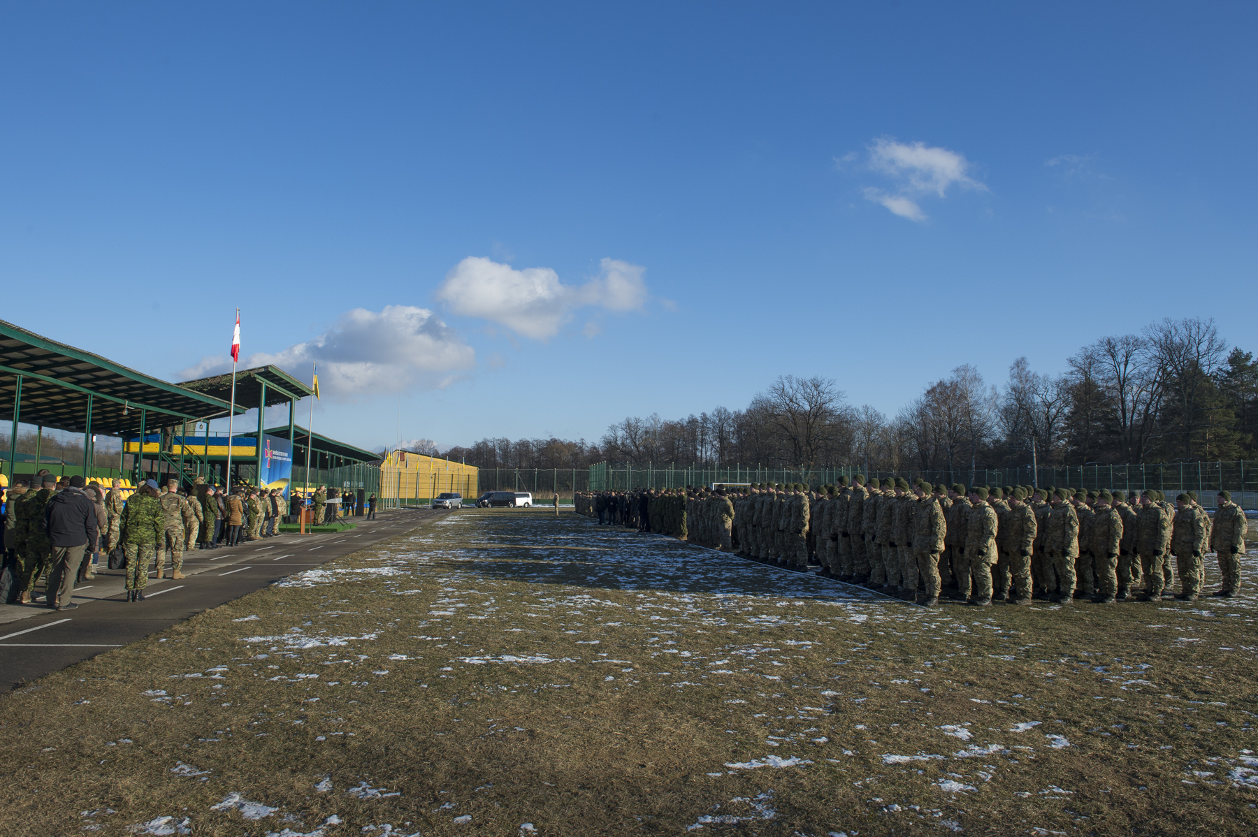 Her Excellency was welcomed by Canadian, Ukrainian and American troops.