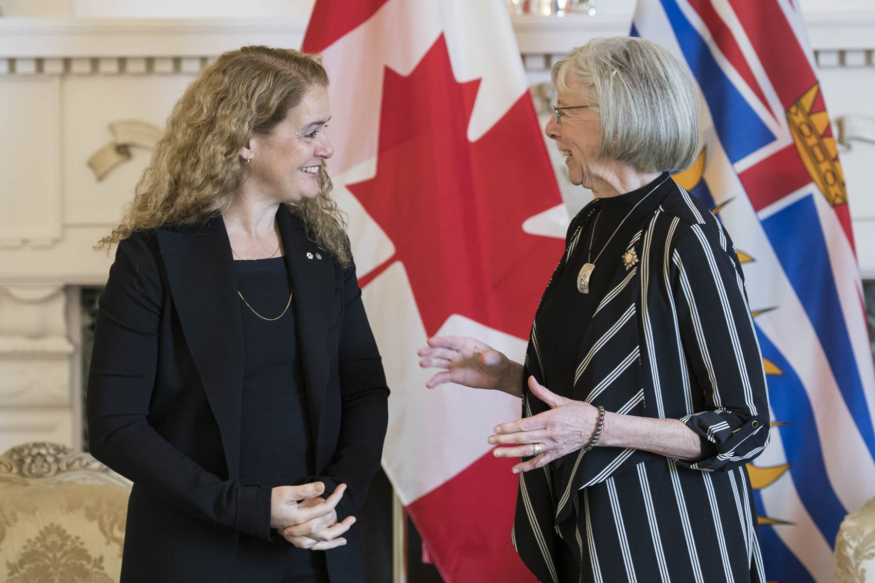 Upon her arrival in British Columbia, Governor General Julie Payette proceeded to Government House where she was greeted by Her Honour the Honourable Judith Guichon, Lieutenant Governor of British Columbia.