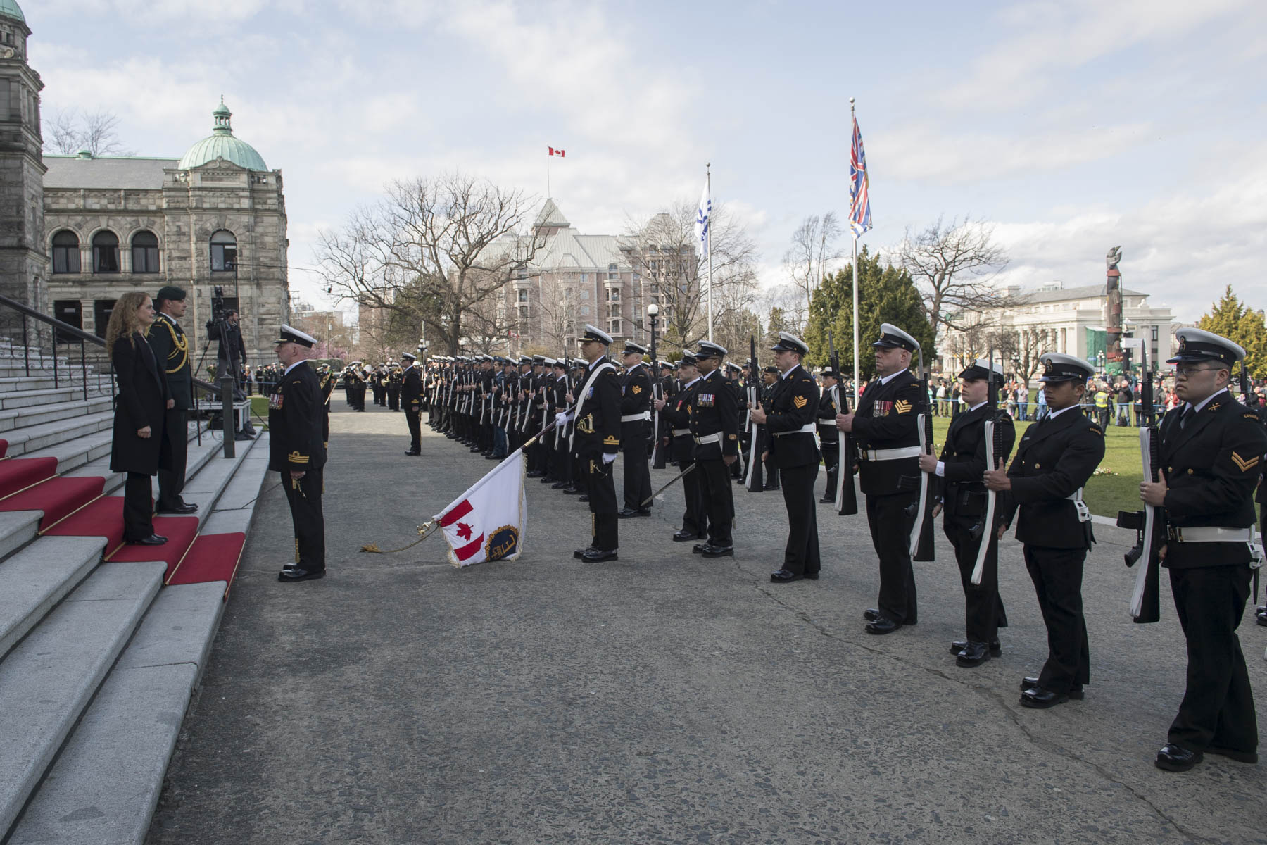 "Her Excellency received military honours, including a guard of honour comprised of 100 members from Maritime Forces Pacific and Canadian Forces Base (CFB) Esquimalt, the ""Viceregal Salute"" and a 21-gun salute fired by 5th (British Columbia) Field Artillery Regiment of The Royal Regiment of Canadian Artillery."