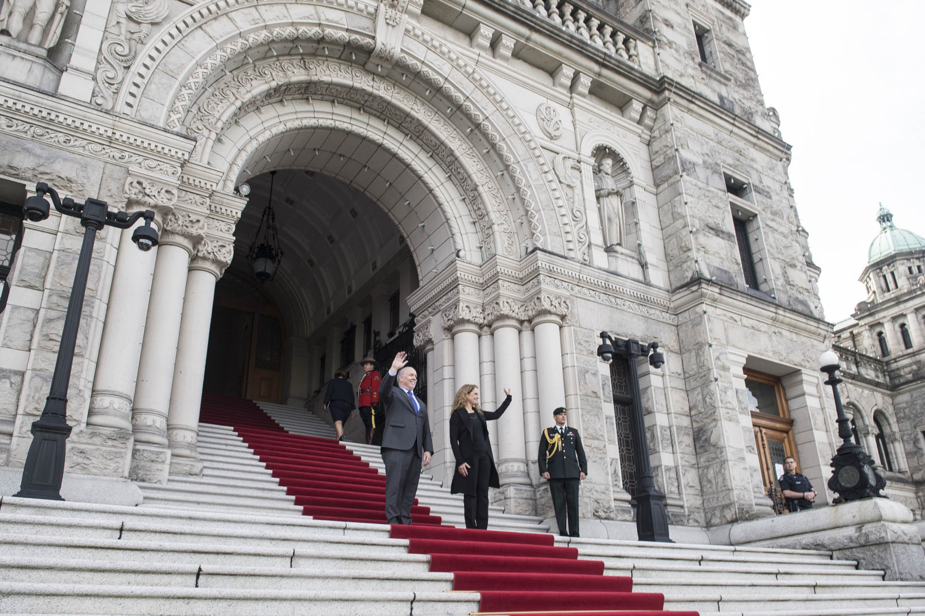 The Governor General and the Premier waved to the crowd from the steps of the Legislative Assembly of British Columbia.