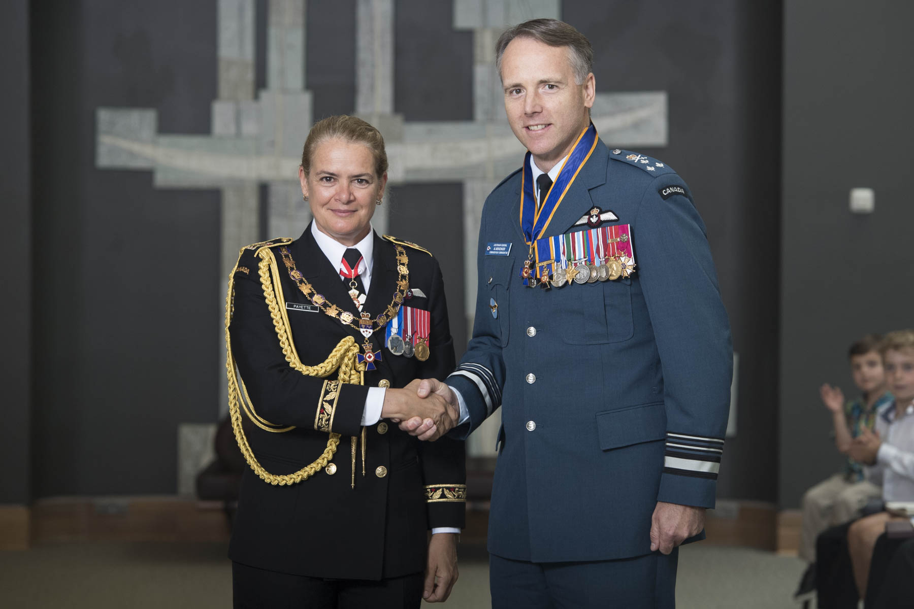 The Governor General bestowed the honour of Commander of the Order of Military Merit upon Lieutenant-General Alexander Donald Meinzinger, C.M.M., M.S.M., C.D.