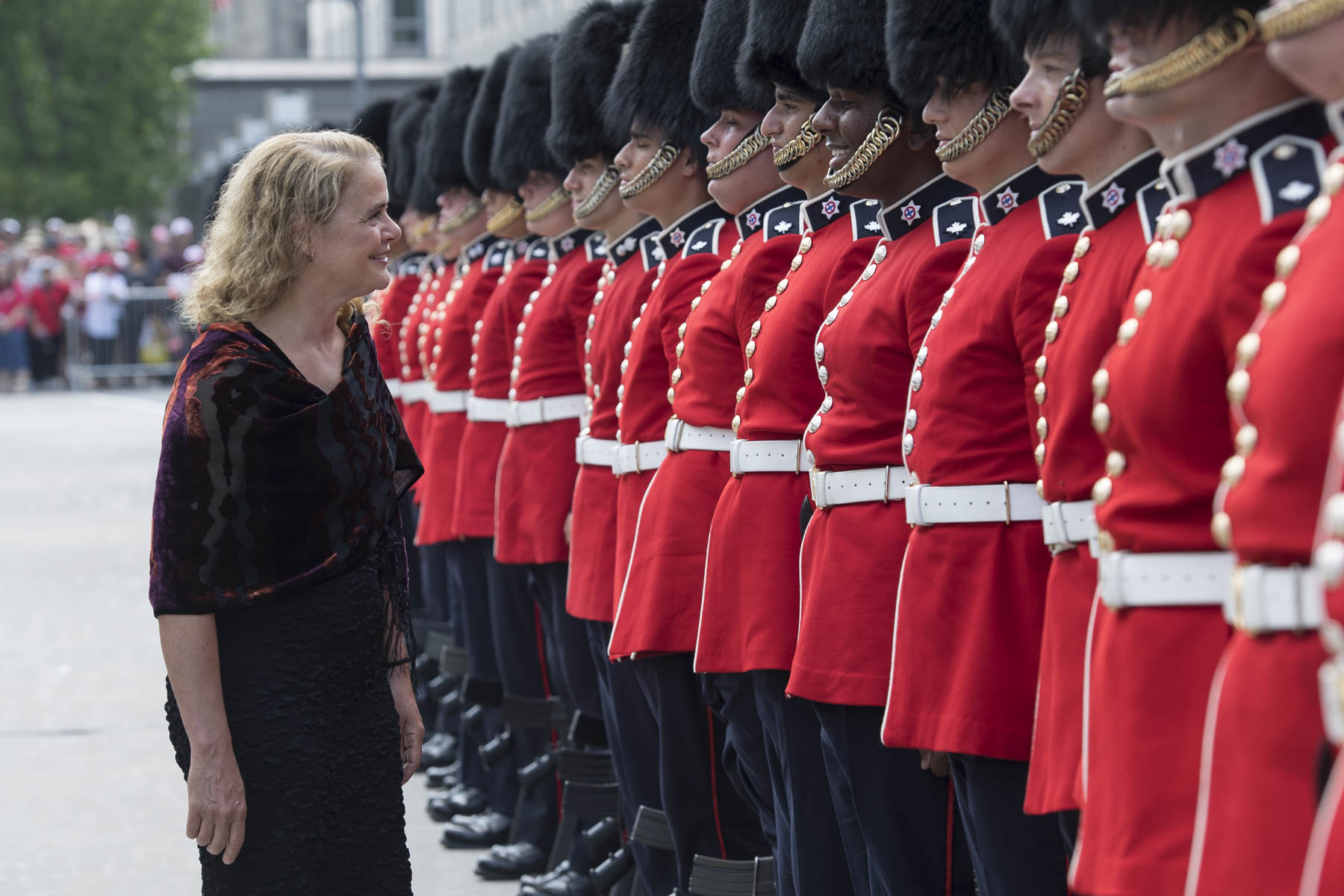 Her Excellency celebrated Canada Day at the Noon Show on Parliament Hill, in Ottawa. Before heading to the Hill, the Governor General, as Commander-in-Chief, inspected a guard of honour at the Peacekeeping Monument.