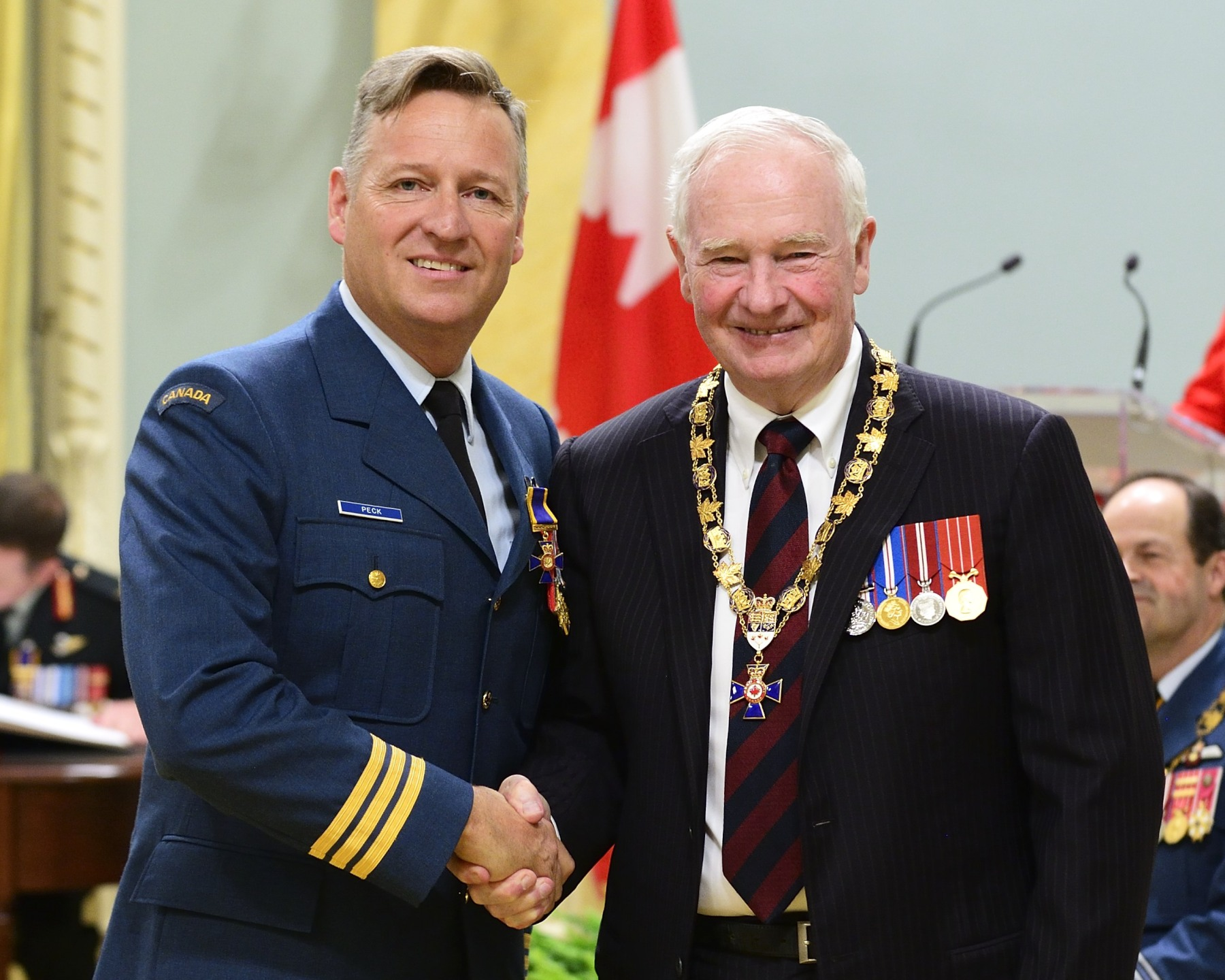 His Excellency presented the Order of Military Merit at the Officer level (O.M.M.) to Lieutenant-Colonel James Peck, O.M.M., C.D., 21 Aerospace Control and Warning Squadron, Hornell Heights, Ontario.
