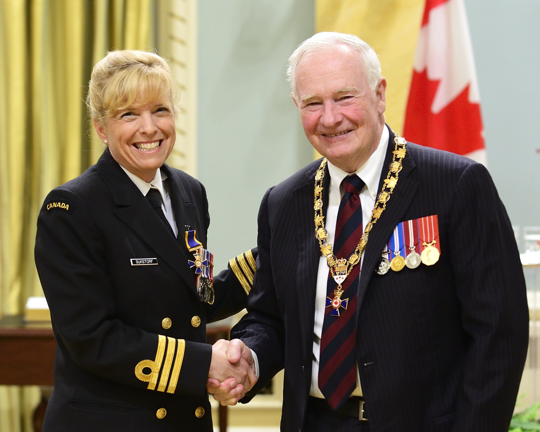 His Excellency presented the Order of Military Merit at the Officer level (O.M.M.) to Commander Sandra Sukstorf, O.M.M., C.D., Assistant Judge Advocate General Central, Toronto, Ontario.