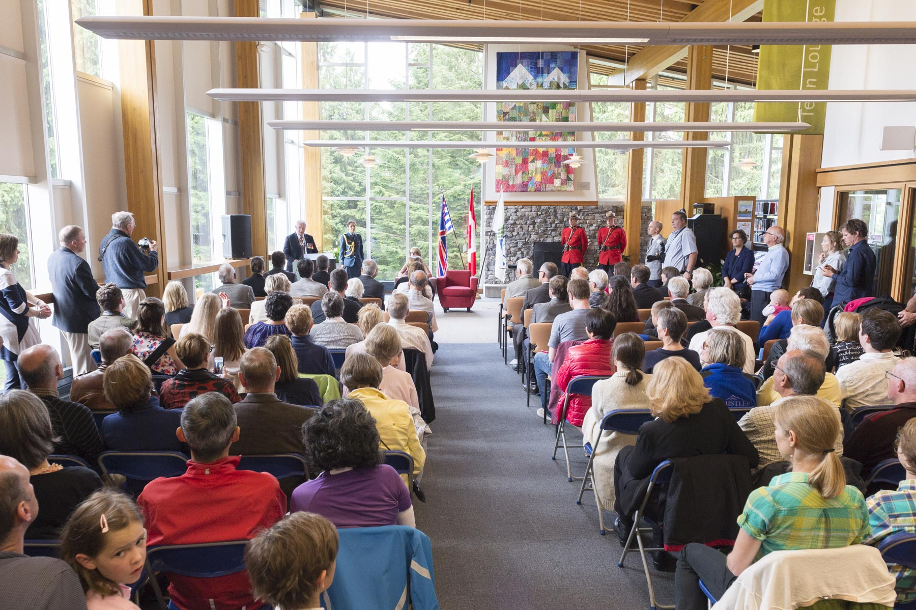 In the presence of the Mayor and city councillors, His Excellency presented the Sovereign's Medal for Volunteers to 12 exceptional volunteers from Whistler during a ceremony at the Whistler Public Library.