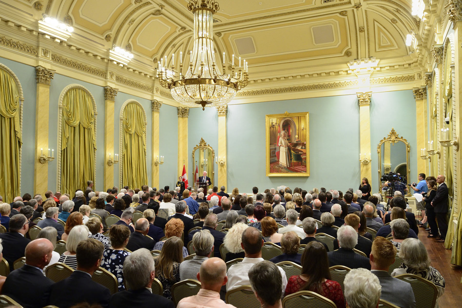 The Governor General presented the Sovereign's Medal for Volunteers to 46 exceptional volunteers from Canada's Capital Region at a ceremony at Rideau Hall. The medal recognizes the remarkable volunteer achievements of Canadians from across the country in a wide range of fields.