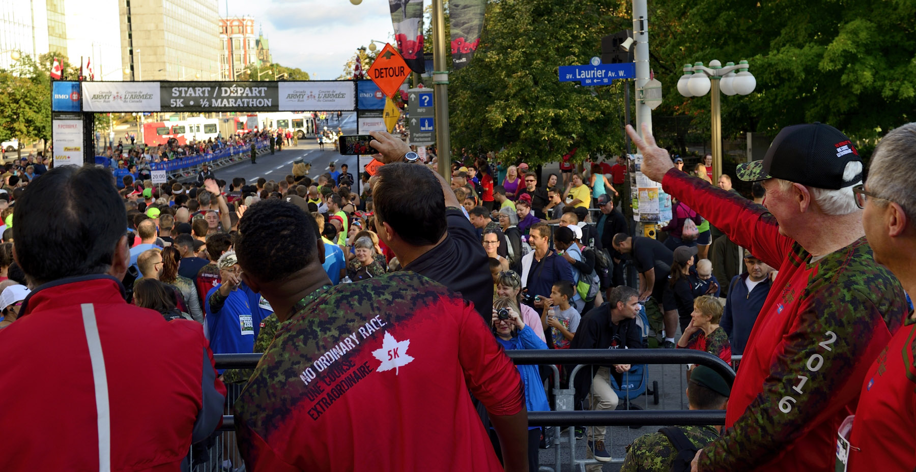 More than 20 000 participants invaded the streets of Ottawa for the five-kilometre and half-marathon races.