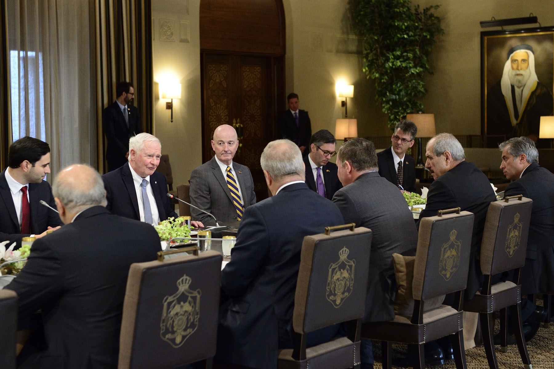 The Governor General and King Abdullah II delivered opening statements before taking part in an expanded meeting with members of the Canadian delegation and representatives of the Government of Jordan to discuss issues of common interest to Canada and Jordan, such as immigration, development, education and innovation.