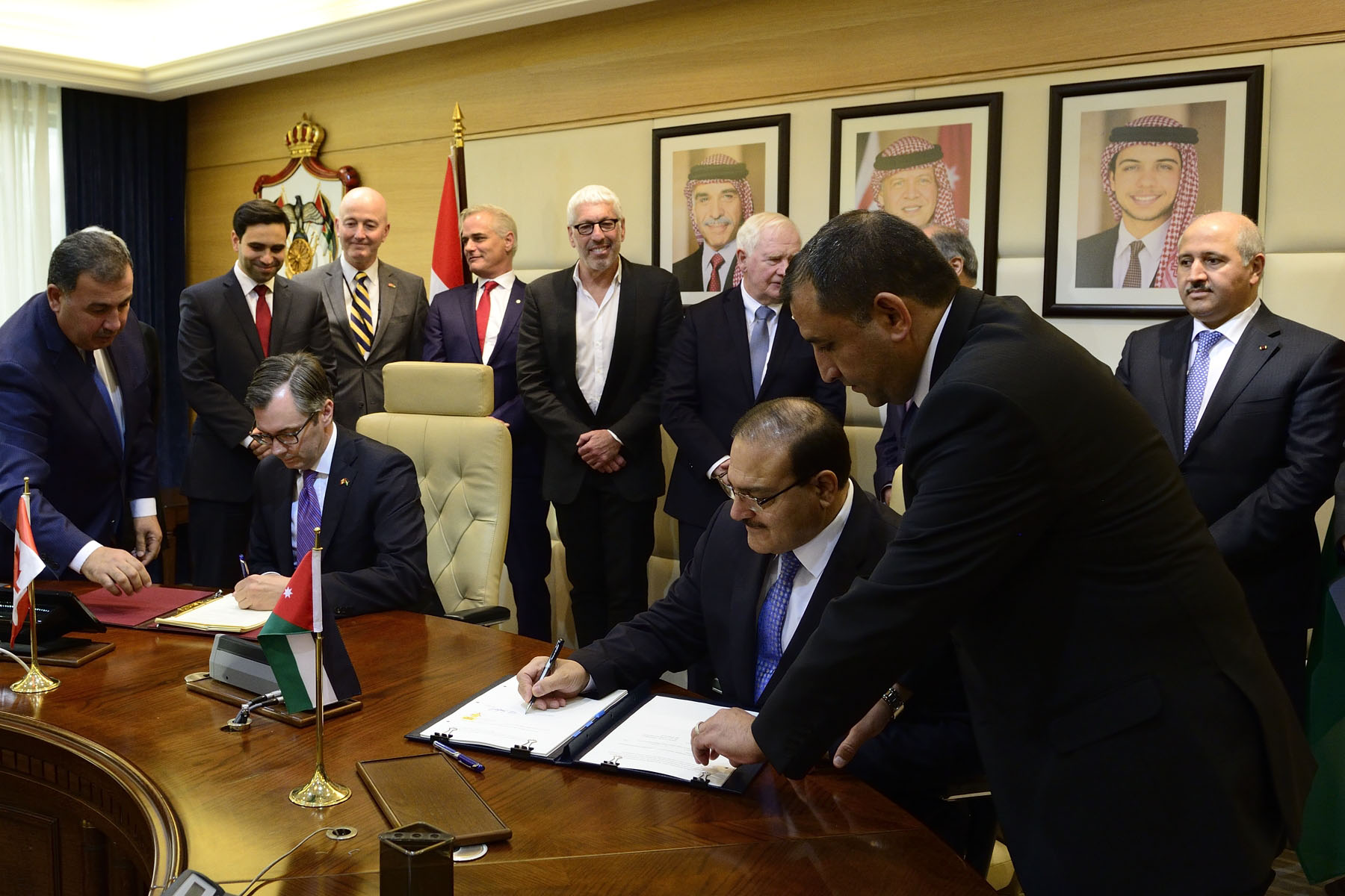 Following the meeting, the Governor General, along with delegates Niv Fichman and Paul Gross, witnessed the signing of an Audiovisual Coproduction Agreement between Canada and Jordan.