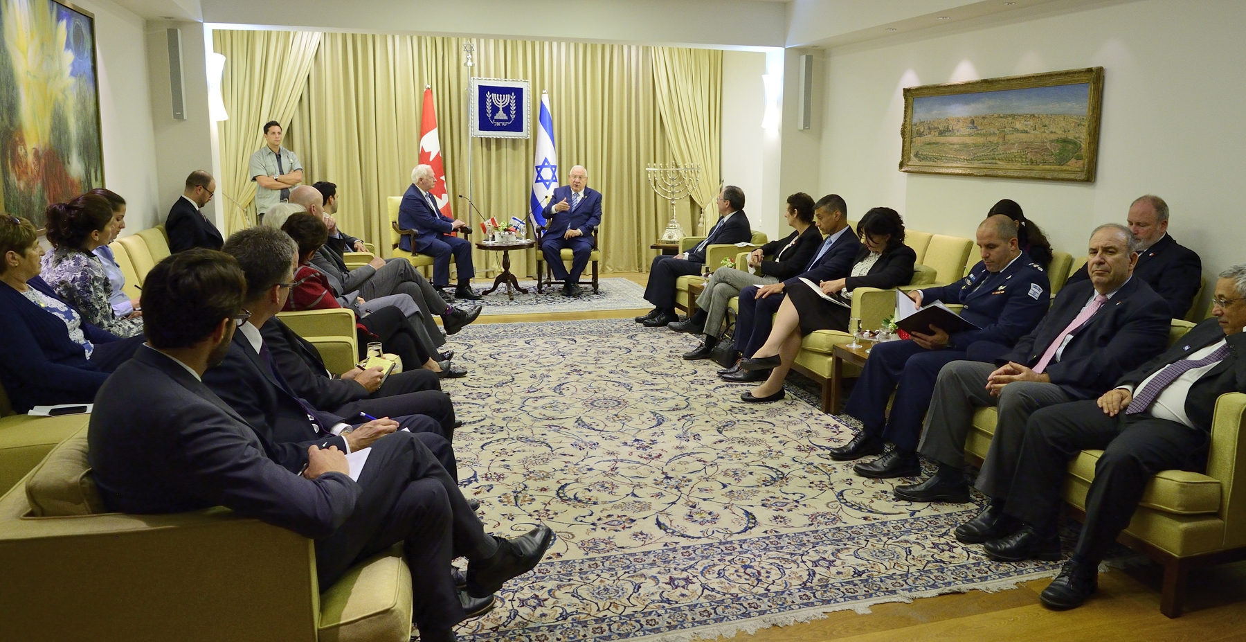 The statements were followed by a meeting between the Governor General, members of the Canadian delegation, President Rivlin and representatives of the Israeli government to discuss topics of interest shared by Canada and Israel.