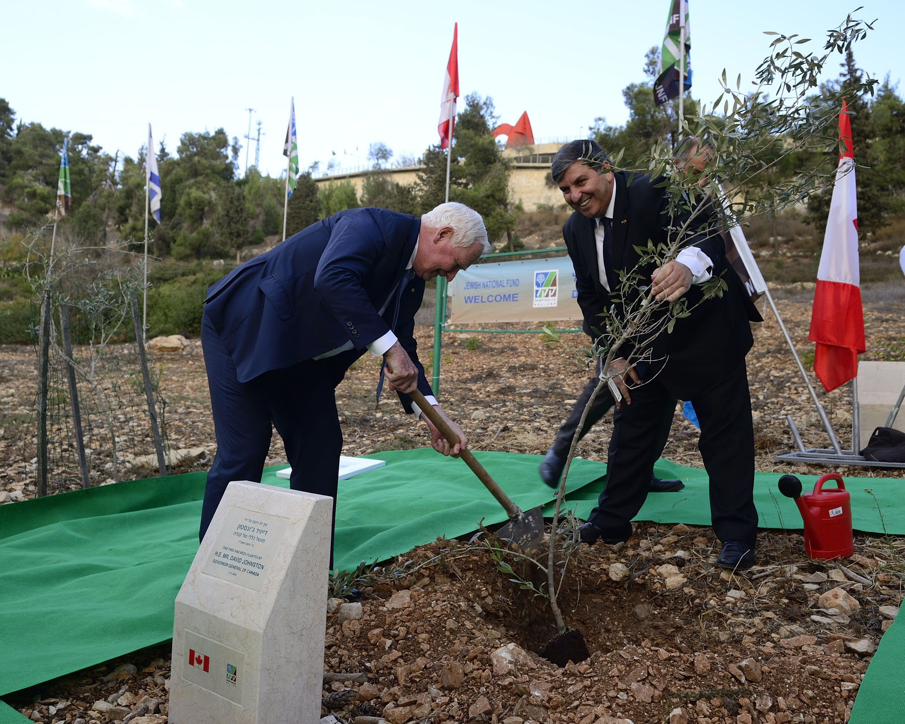 The Governor General was the first Canadian to plant an olive tree as a symbol of peace in the Grove of Nations, home to many trees that have been planted by heads of State from all over the world.