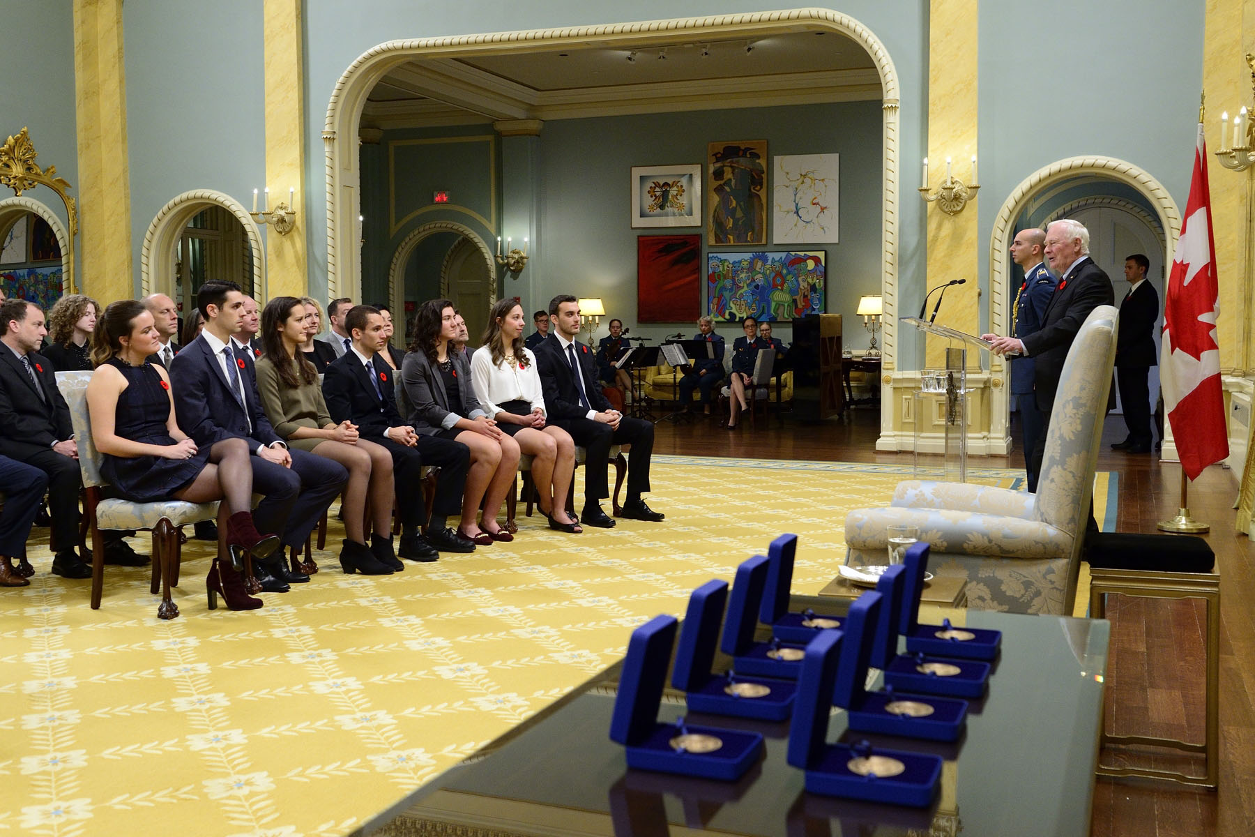 His Excellency presented the Governor General's Academic All-Canadian Commendation for the 2015-2016 season to eight recipients during a ceremony at Rideau Hall.