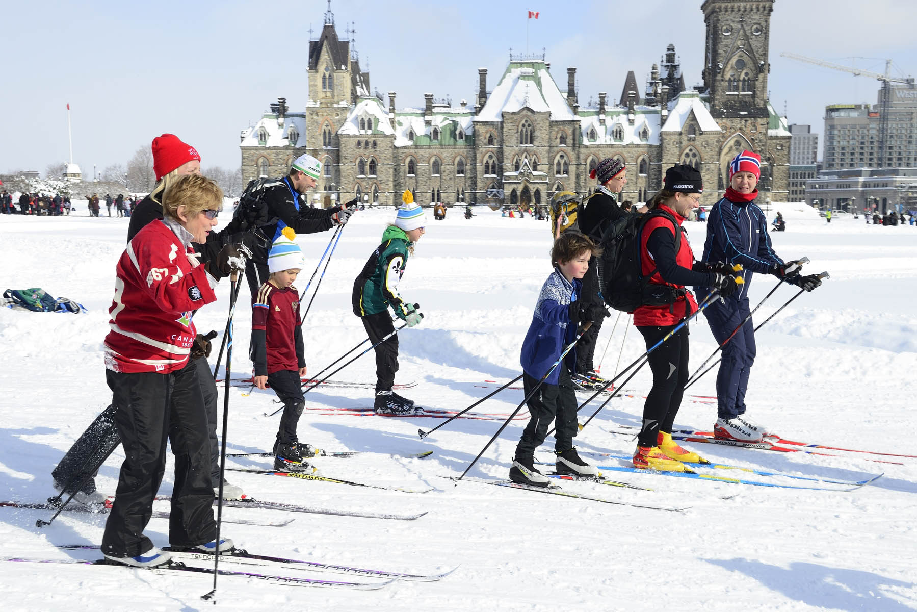 In celebration of Canada's 150th anniversary, senators, members of Parliament, Olympians and Paralympians, youth and volunteers skied a cumulative relay of 150 kilometres.