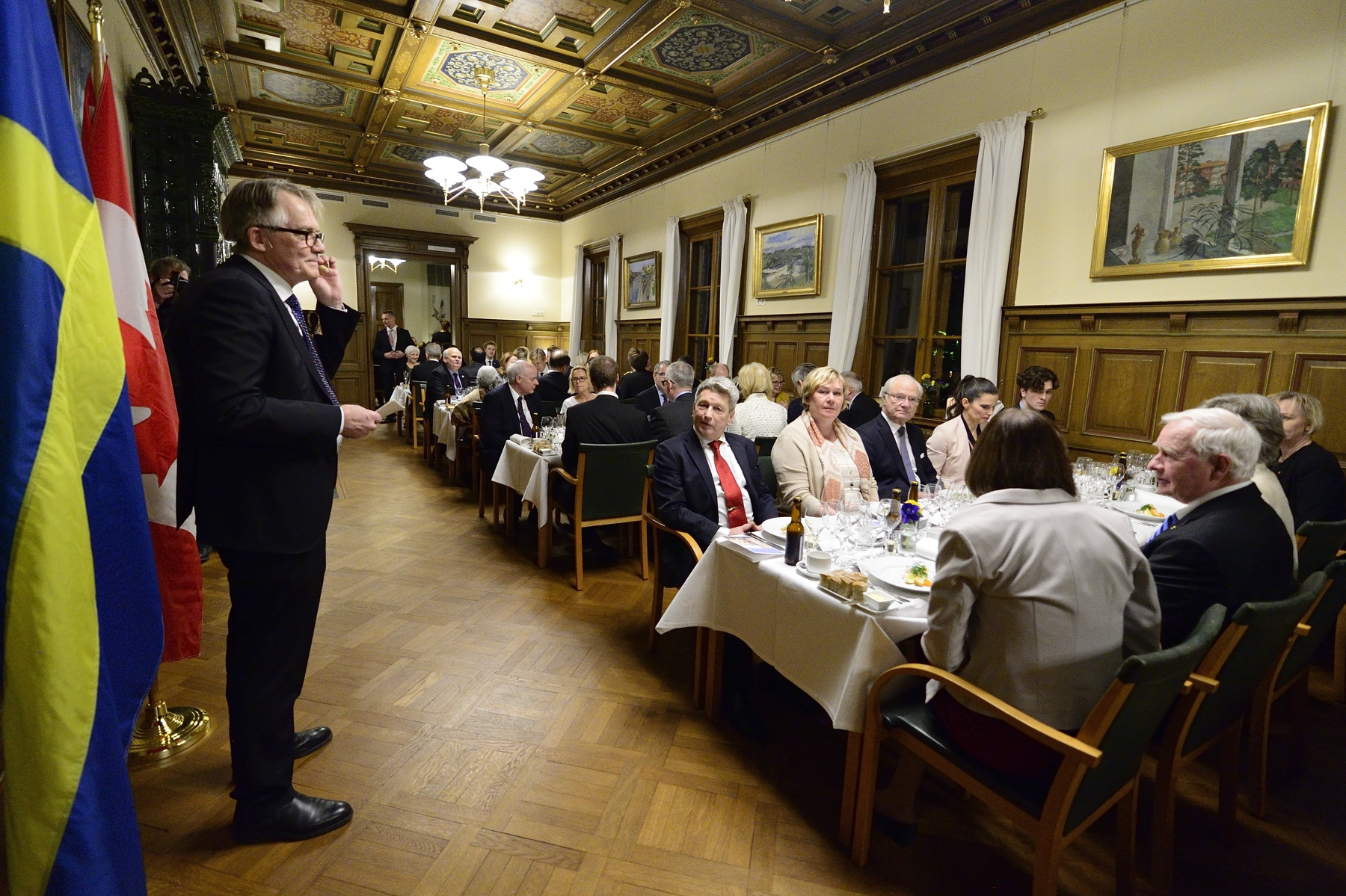 In the evening, His Excellency and Canadian delegates attended a dinner hosted by Mr. Torbjörn von Schantz, Vice-Chancellor of Lund University, to discuss academic links and opportunities. Lund University, which is celebrating its 350th anniversary, conducts student and staff exchanges and research collaborations with Canadian universities, including the University of British Columbia, McGill and Waterloo.