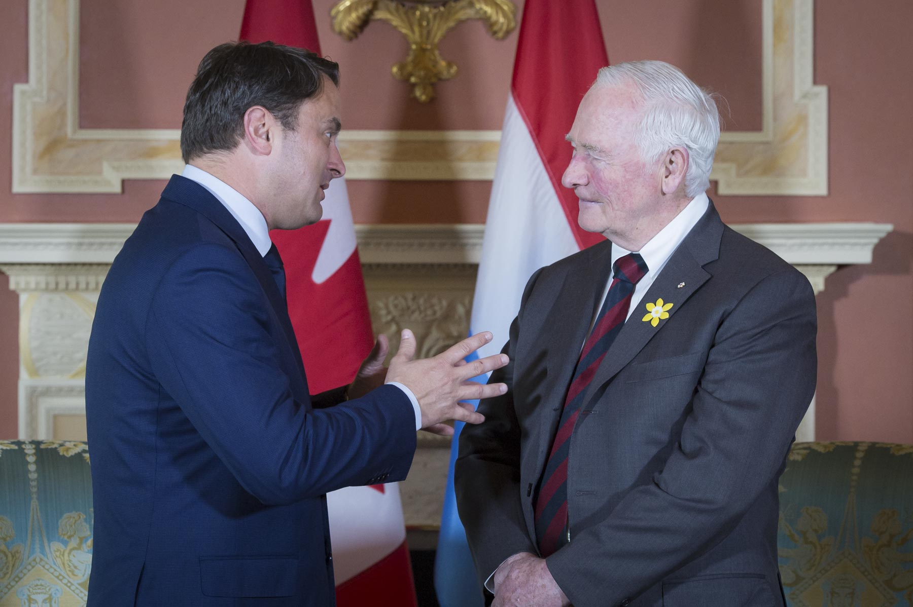 His Excellency the Right Honourable David Johnston, Governor General of Canada, met with His Excellency Xavier Bettel, Prime Minister of the Grand Duchy of Luxembourg, at Rideau Hall on Wednesday, April 19, 2017.