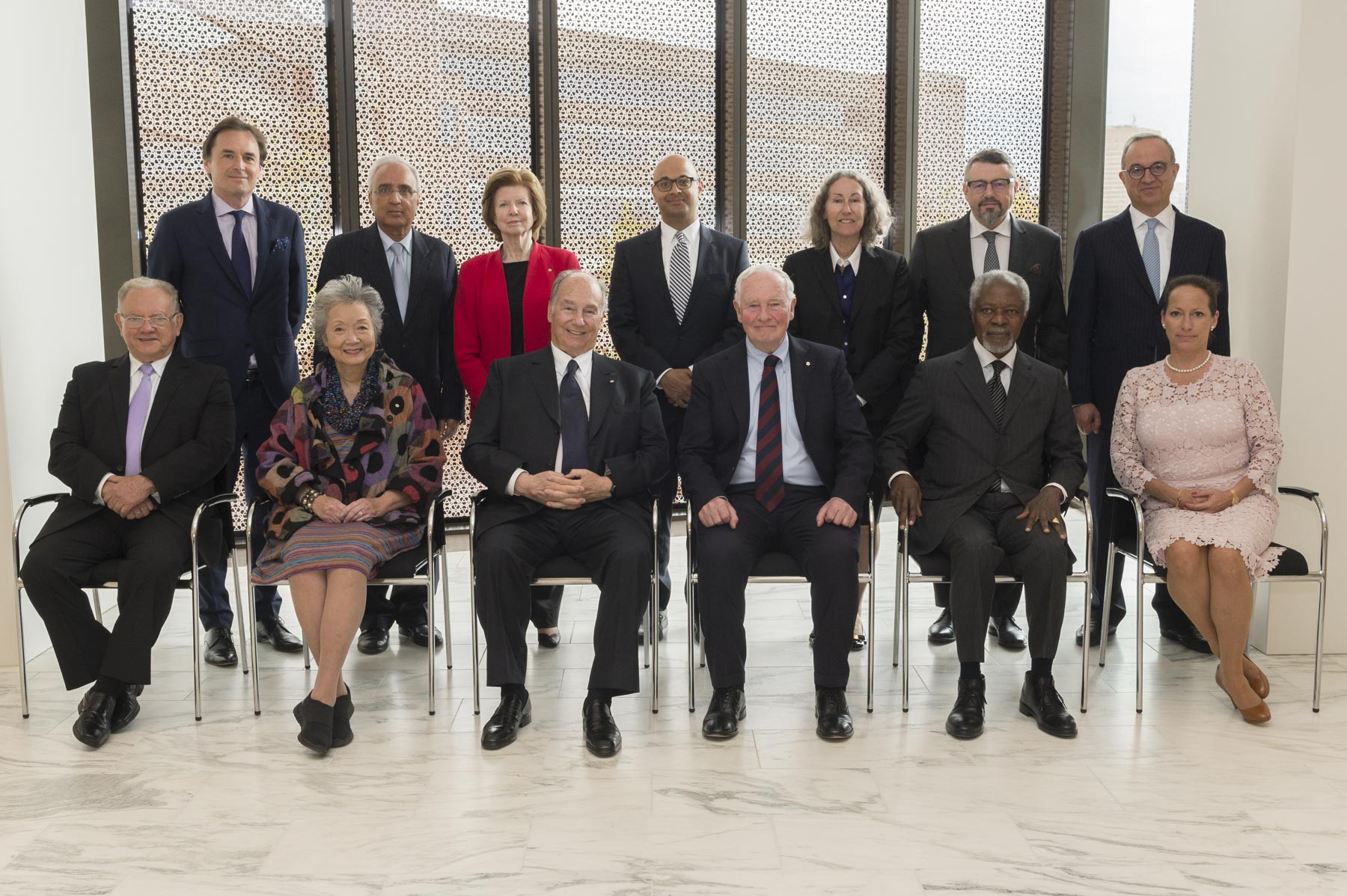 The Governor General and His Highness the Aga Khan posed for a photo with the Global Centre for Pluralism Board Members.