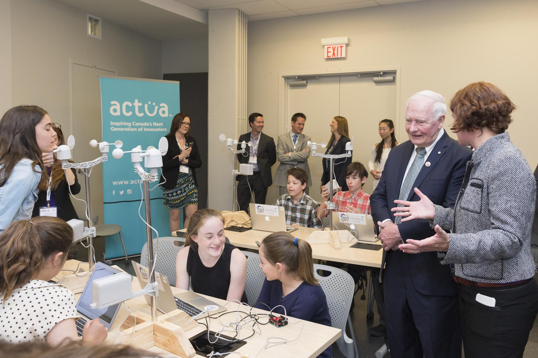 The experience includes an inspirational presentation from the Perimeter Institute as well as a Maker Mobile from Actua.