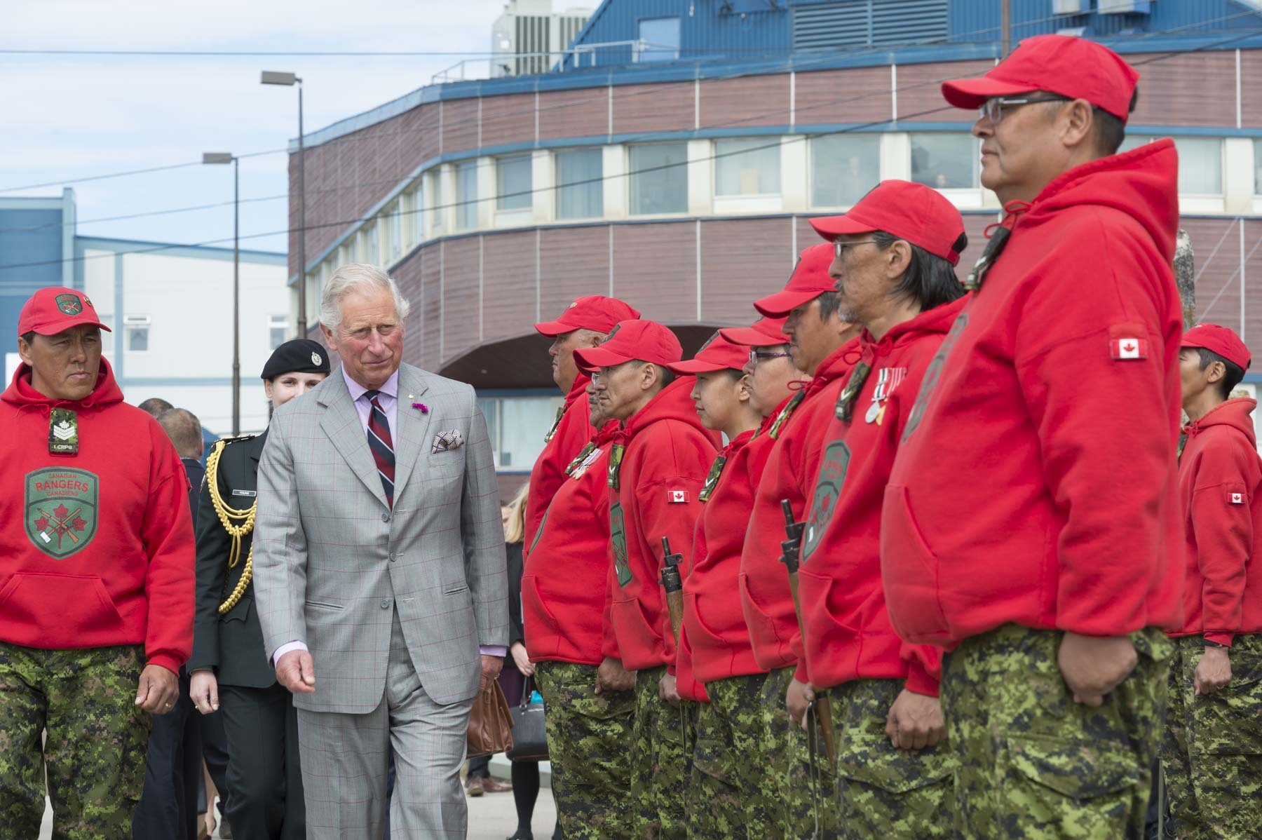During the ceremony, His Royal Highness The Prince of Wales also received military honours, which included the inspection of the Quarter Guard of the Canadian Rangers.