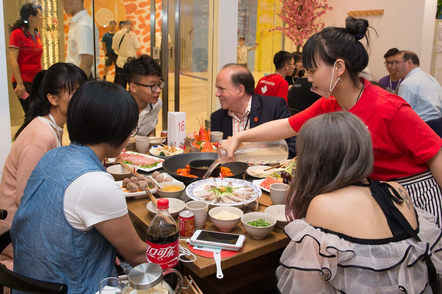 Hotpot cuisine remains the pride of local Chongqing people.