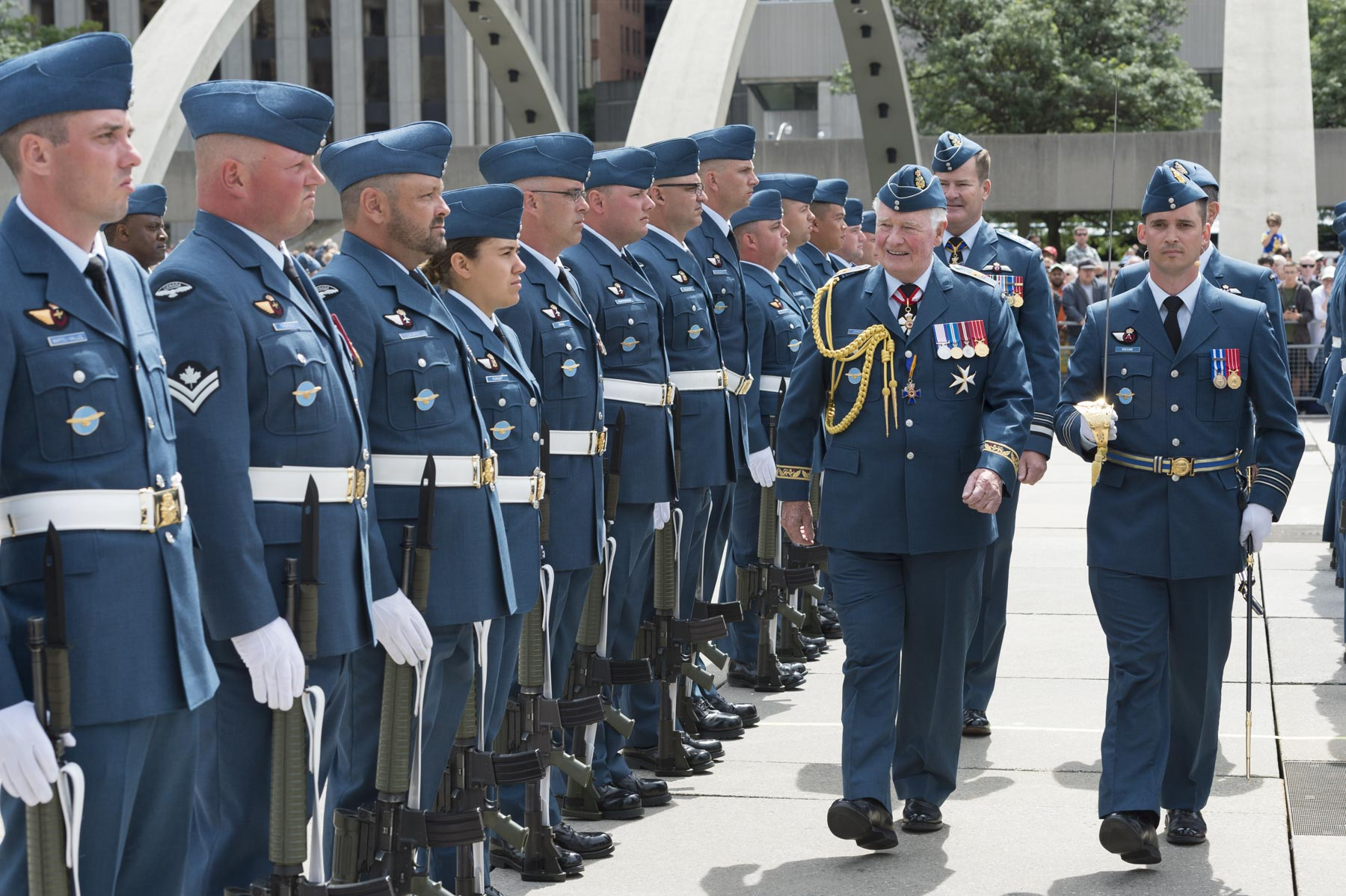 Before presenting the new Colours, His Excellency reviewed the parade.