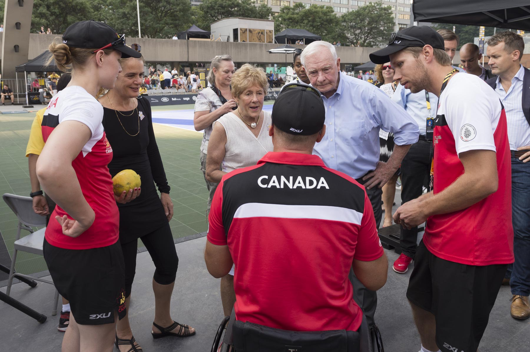 Their Excellencies and Governor General Designate Julie Payette attended the wheelchair tennis match between Canada and United Kingdom at Nathan Phillips Square. After the match, they met with Canadian competitors who were in good spirit despite their loss.