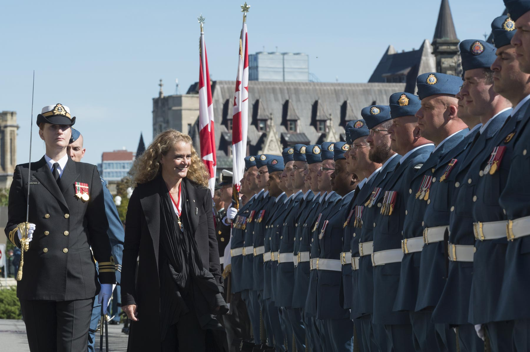 She then inspected the guard of honour for the first time as commander-in-Chief of Canada.