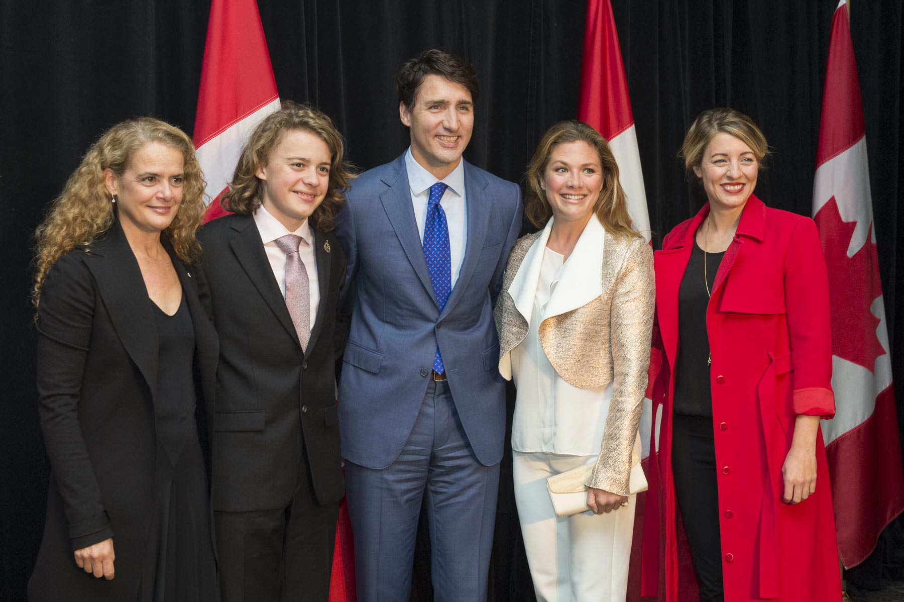 On behalf of the Government of Canada, the Right Honourable Justin Trudeau, Prime Minister of Canada, accompanied by his spouse Sophie Grégoire Trudeau (right), and the Honourable Mélanie Joly, Minister of Canadian Heritage (far right), hosted a reception honour of Her Excellency Julie Payette's installation as Canada's 29th governor general on October 2, 2017. Her Excellency was accompanied by her 14-year old son Laurier.