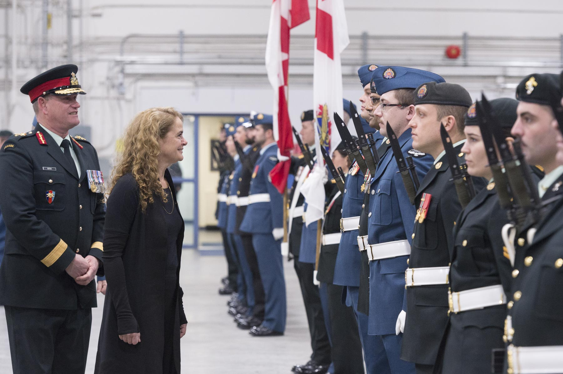 The Governor General was also welcomed by a guard of honour.