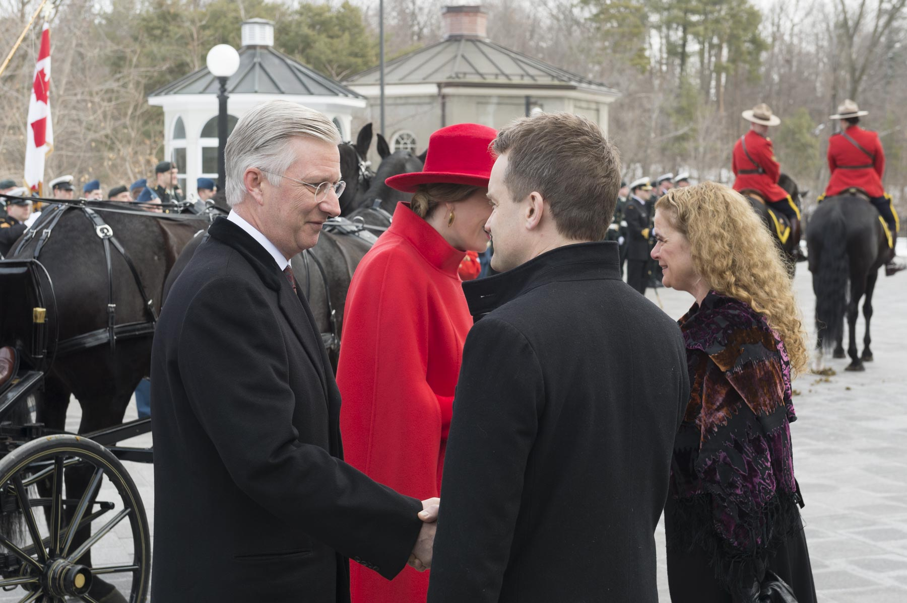 Their Majesties were welcomed by the Honourable Seamus O'Regan, Minister of Veterans Affairs and Associate Minister of National Defence, and the Governor General.