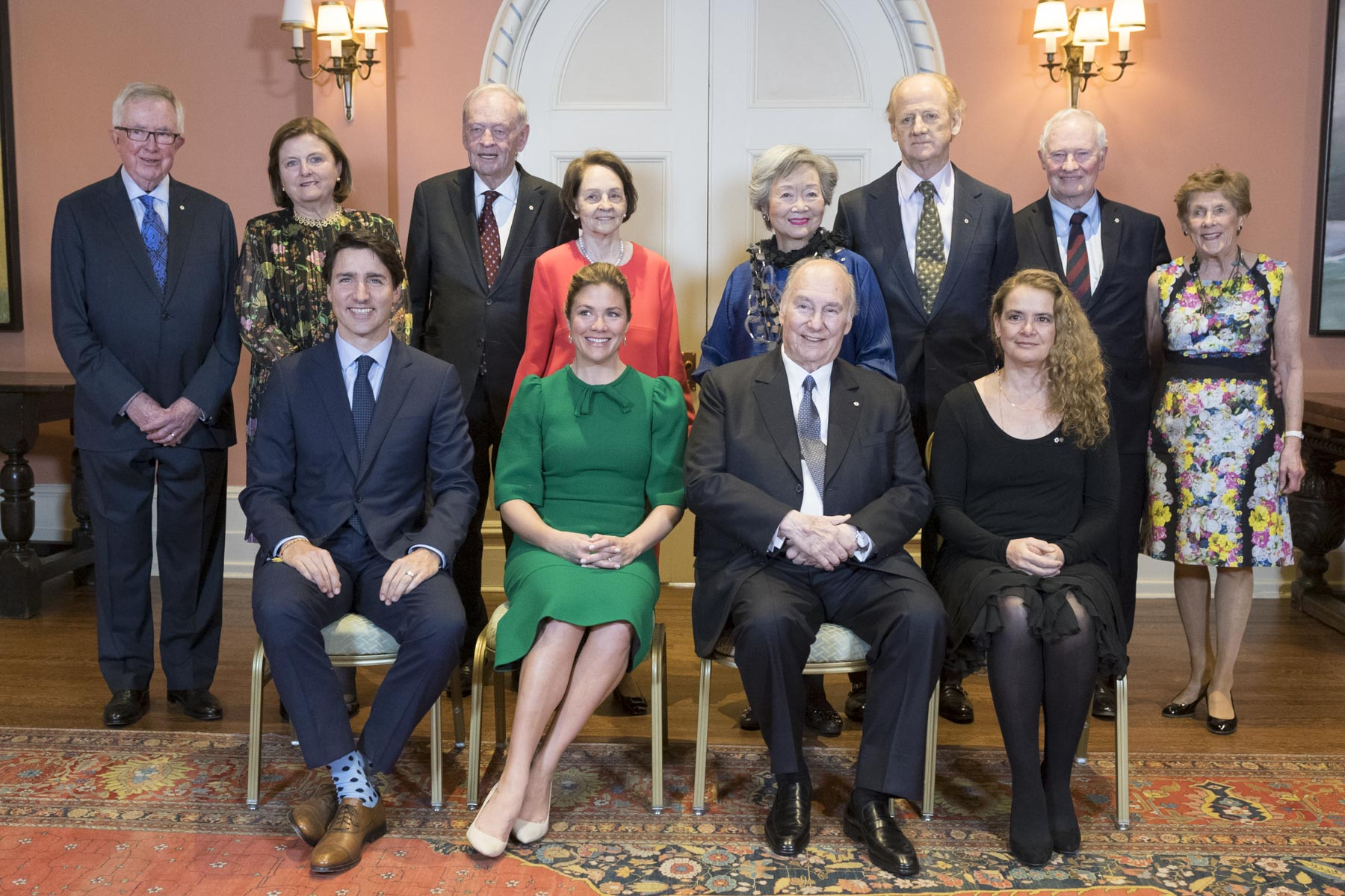 Canadians leaders who, over the last 60 years, have worked closely with the Aga Khan and his community were in attendance: (first row from right to left) Her Excellency, His Highness, Sophie Grégoire-Trudeau, Prime Minister Justin Trudeau, (back row from left to right): Joe Clarke, Maureen McTeer, Jean Chrétien, Aline Chrétien, Adrienne Clarkson, John Ralston Saul, David Johnston and Sharon Johnston.