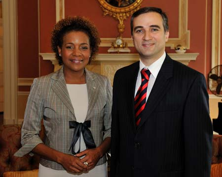 Her Excellency the Right Honourable Michaëlle Jean, Governor General of Canada, receive the credentials of four new ambassadors, Friday, October 2, 2009, at Rideau Hall. First, she received the credentials of His Excellency Farid Shafiyev, Ambassado