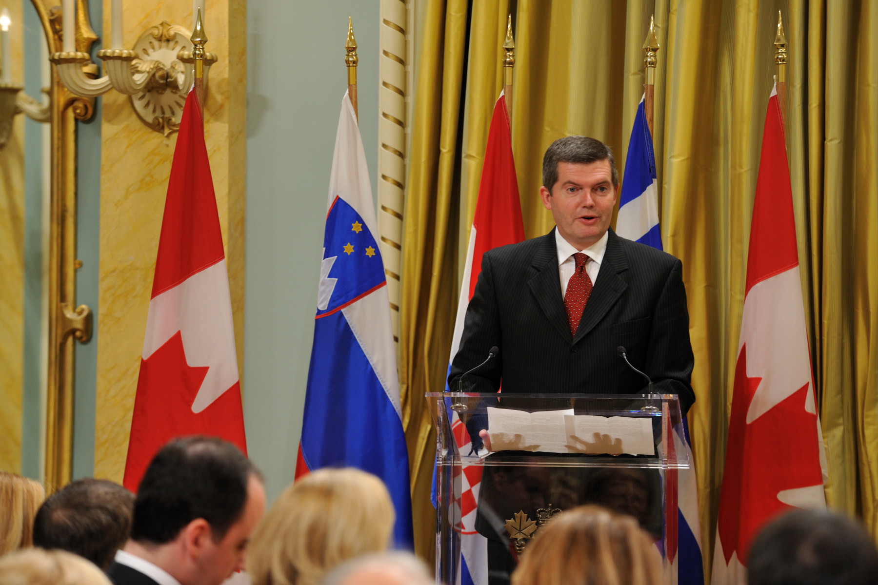 His Excellency Tomaž Kunstelj, Ambassador of Slovenia to Canada, delivered a speech on this occasion.